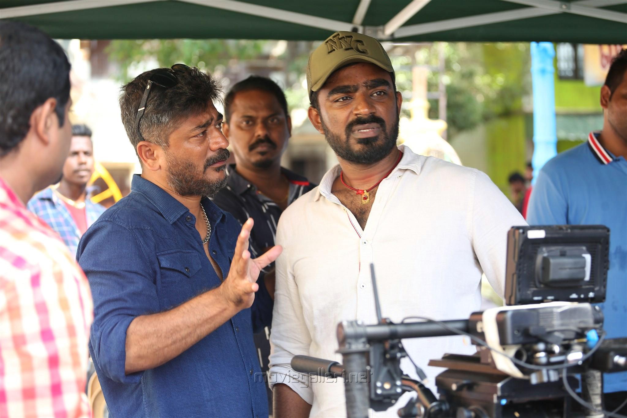 Dance Master Raju Sundaram Cinematographer Abinandhan Ramanujam Sakka Podu Podu Raja Song Shooting Images