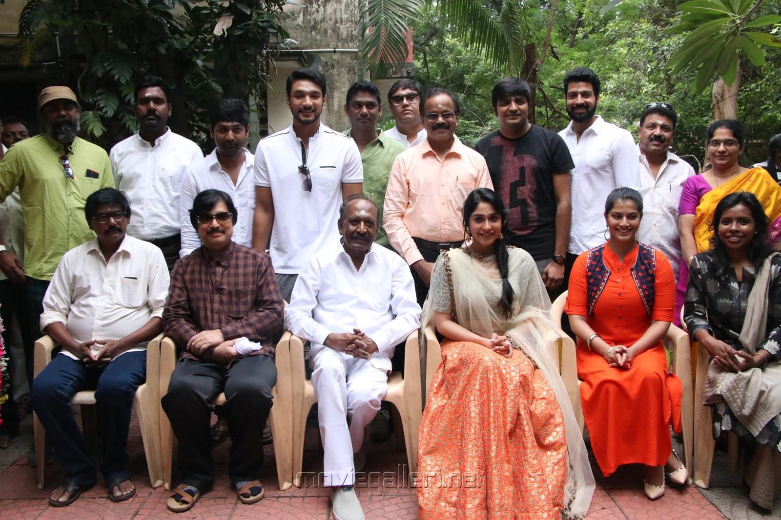 Mr Chandramouli Tamil Movie Pooja Stills