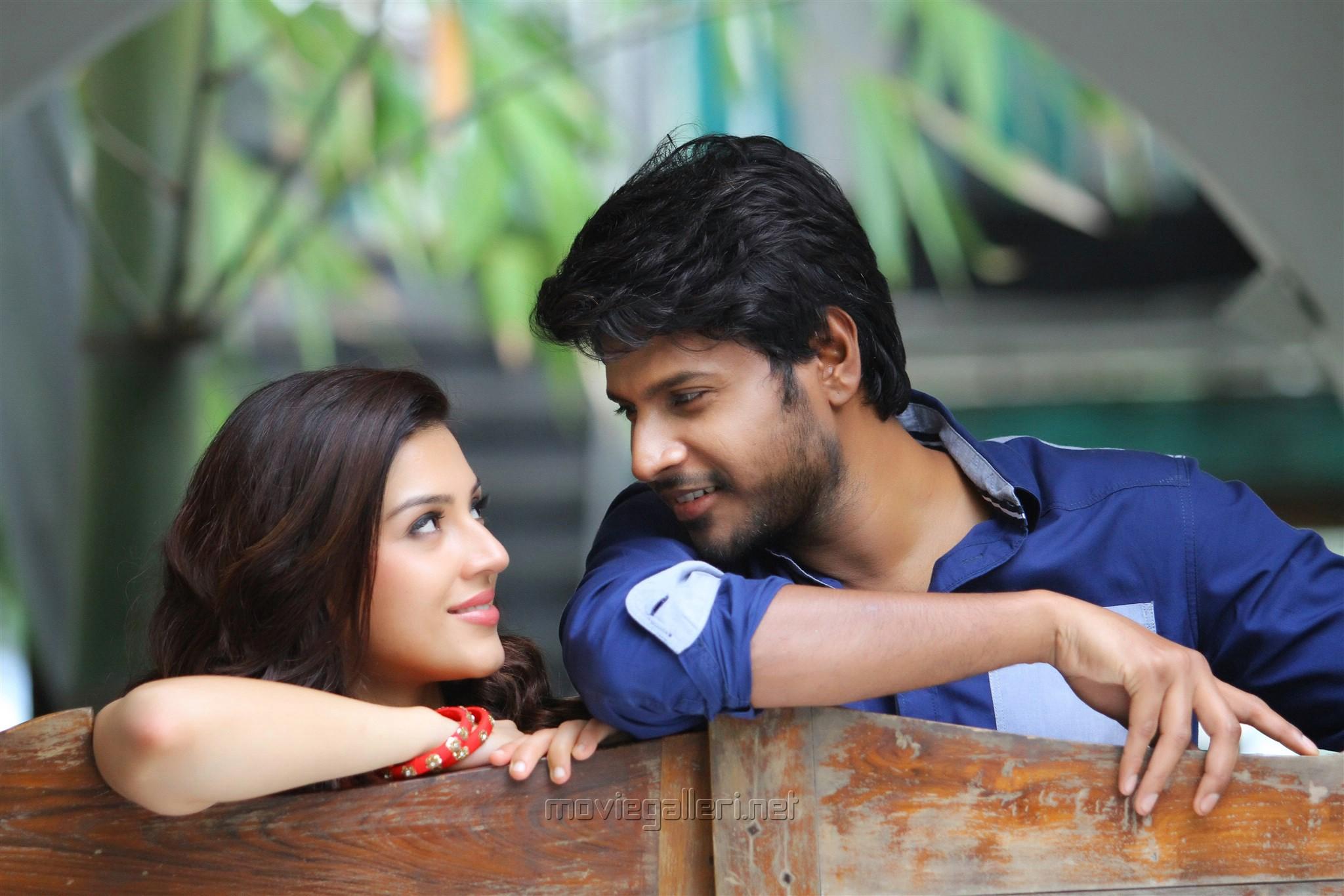 Nenjil Thunivirunthal Movie Review Sundeep Kishan Mehreen Pirzada
