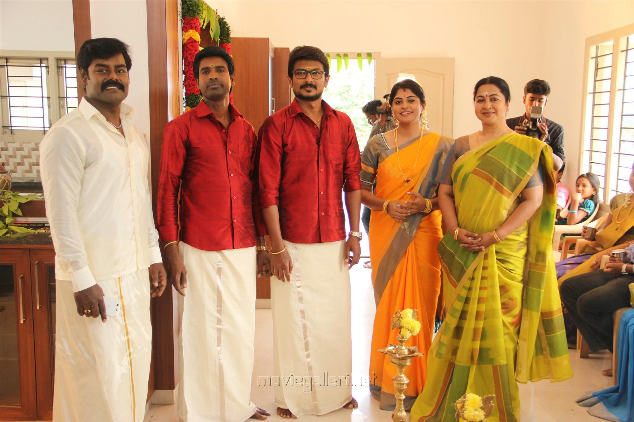 RK Suresh, Soori, Udhayanidhi Stalin, Manjima Mohan, Radhika @ Ippadai Vellum Movie review