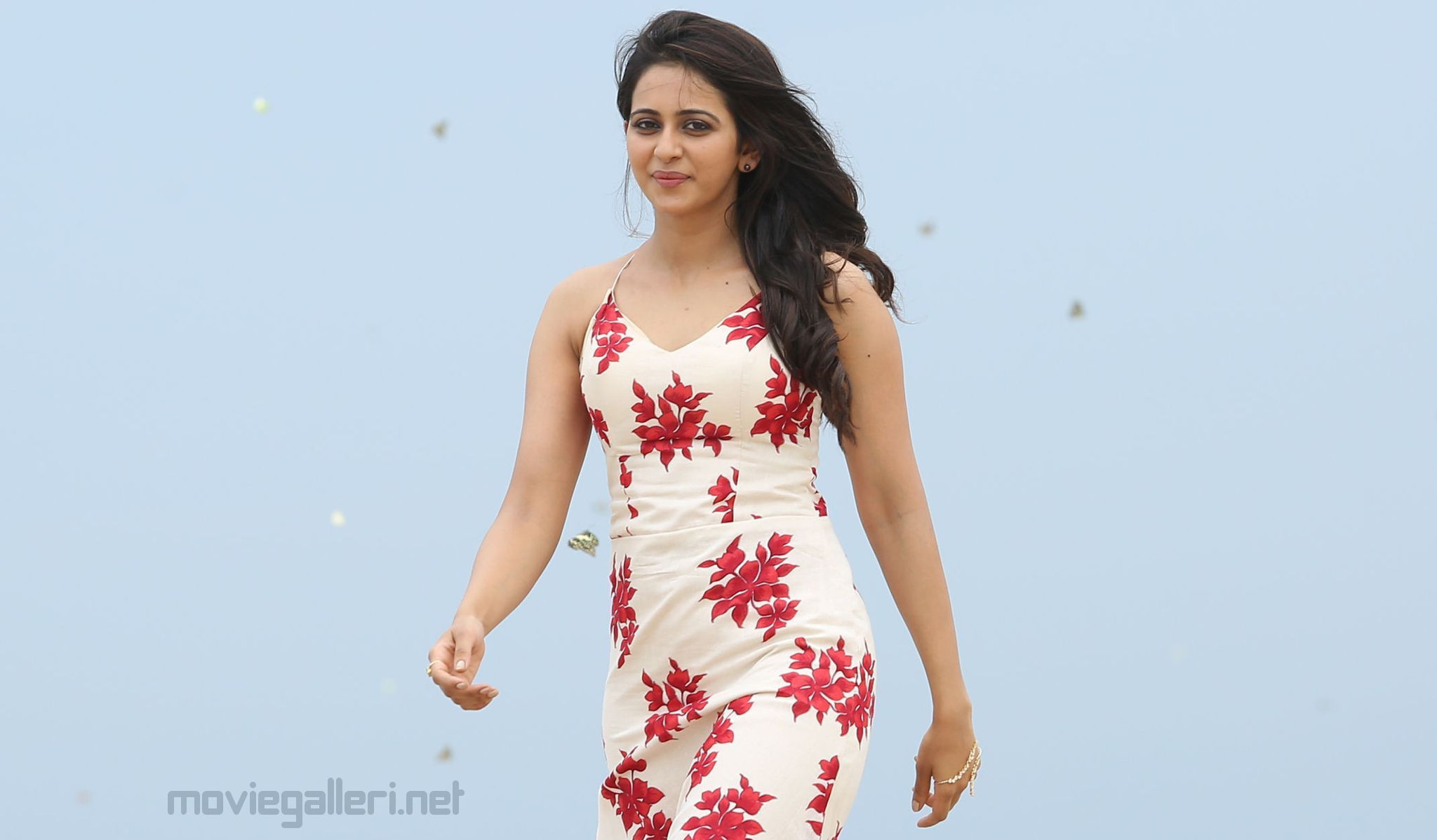 Rakul Preet Singh will be seen as a girl next door in Khakee