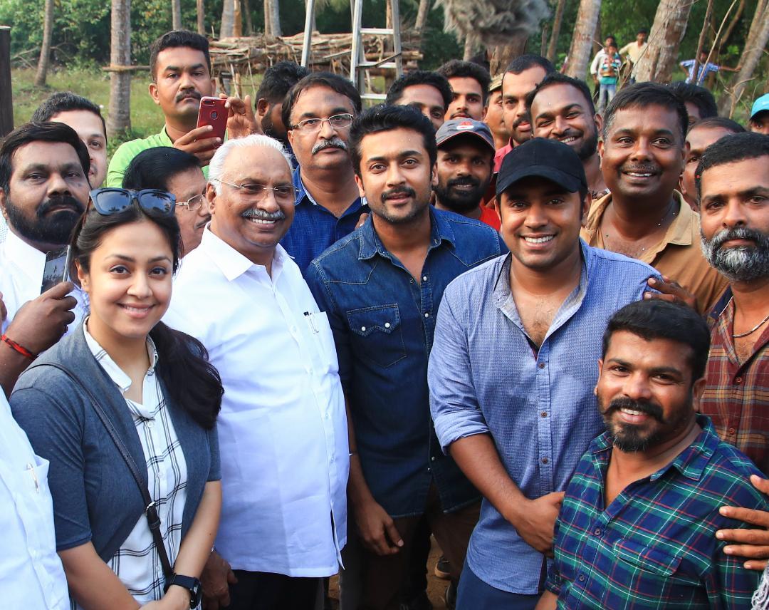 Surya and Jyothika visits Nivin Pauly's Kayamkulam Kochunni sets