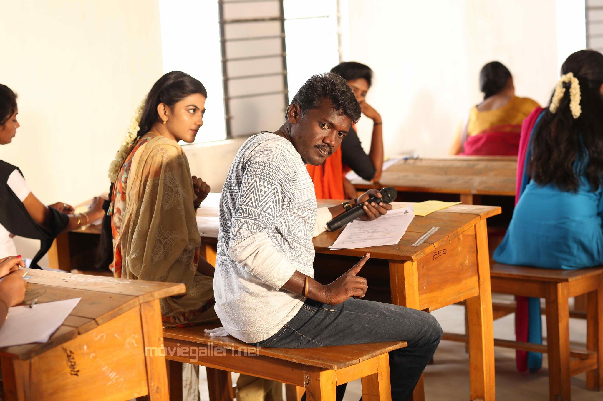 Actress Anandhi & Director Mari Selvaraj @ Pariyerum Perumal Shooting Spot