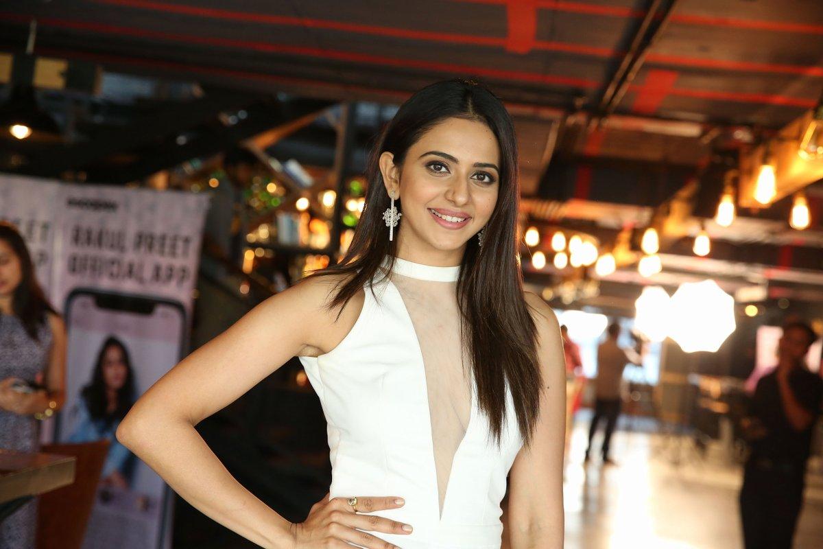 Actress Rakul Preet Singh pairs with Sivakarthikeyan Movie