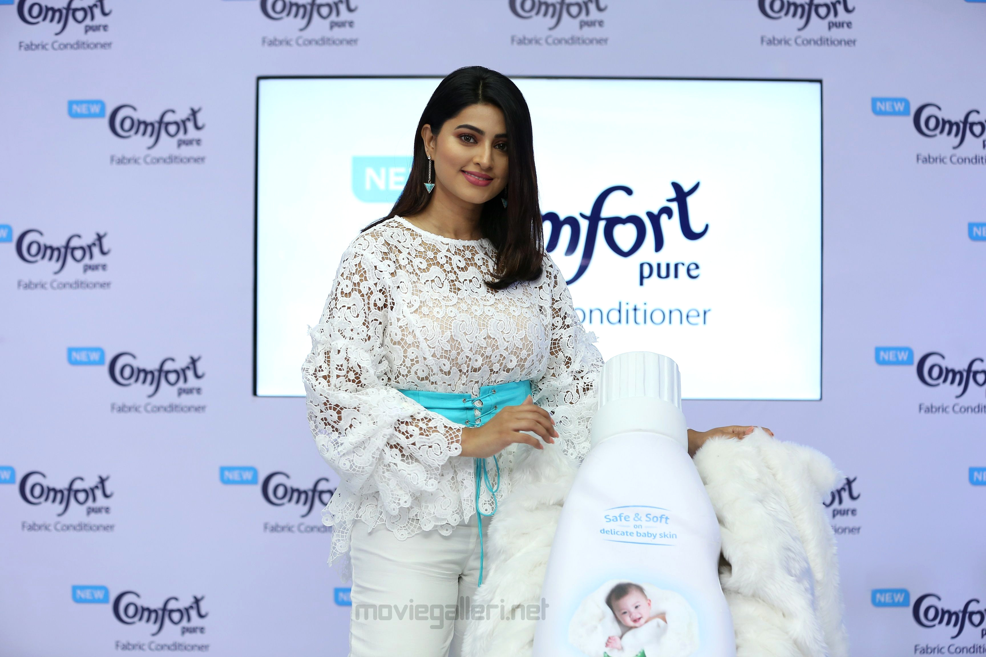 Tamil Actress Sneha Launches Comfort Pure fabric conditioner baby clothes