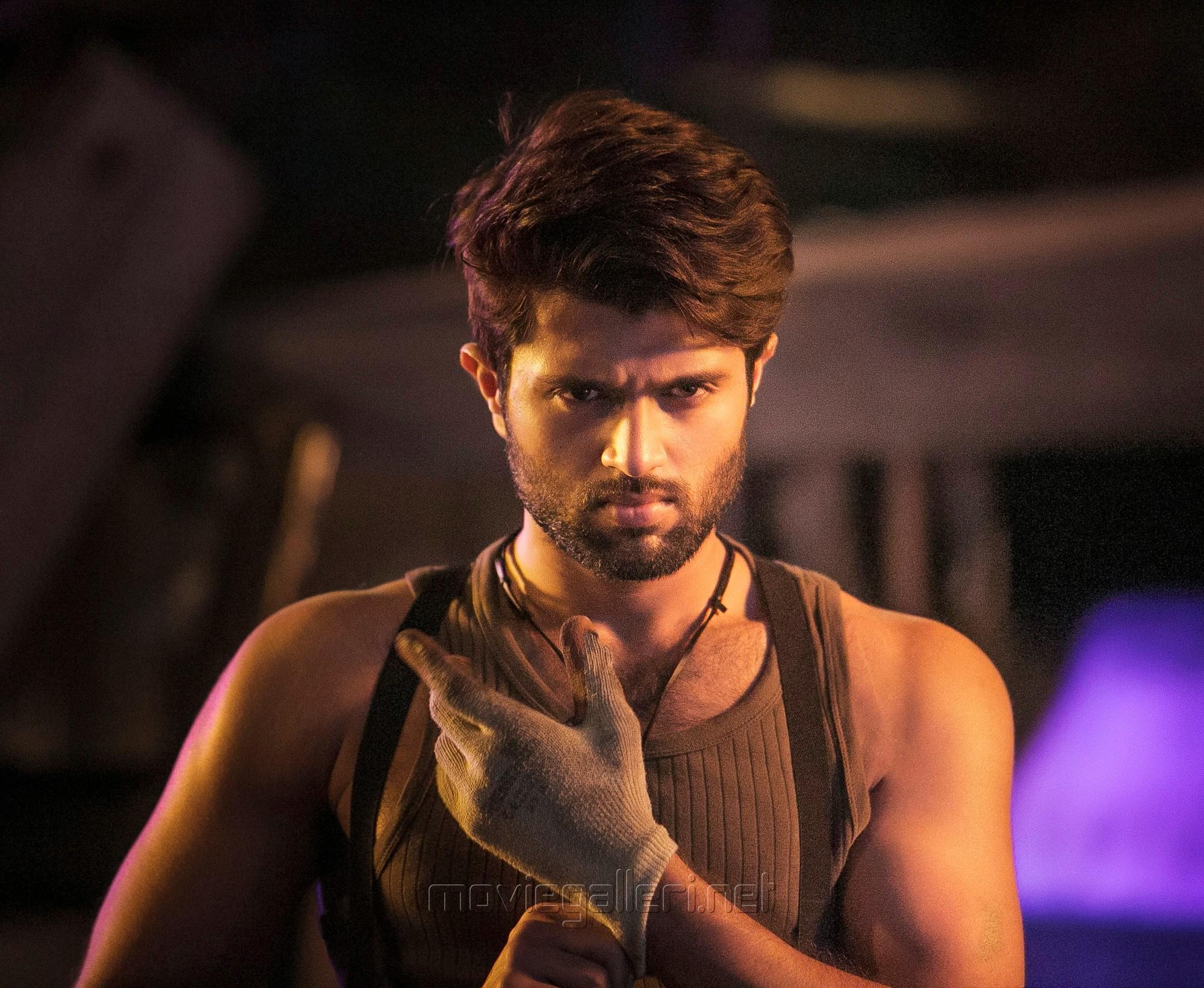 Vijay Devarakonda Taxiwala Movie HD Images