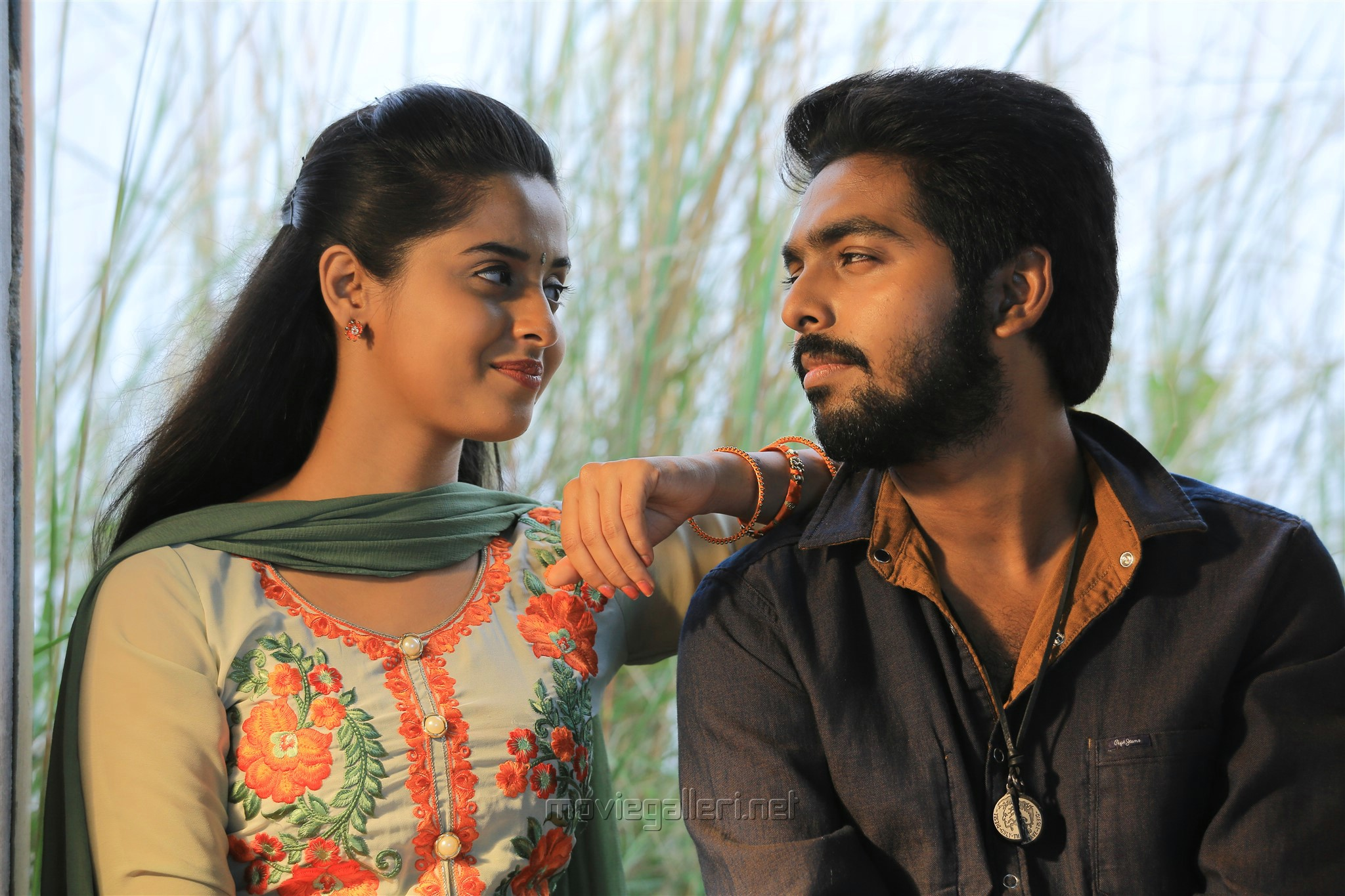 Arthana Binu, GV Prakash in Sema Movie Review