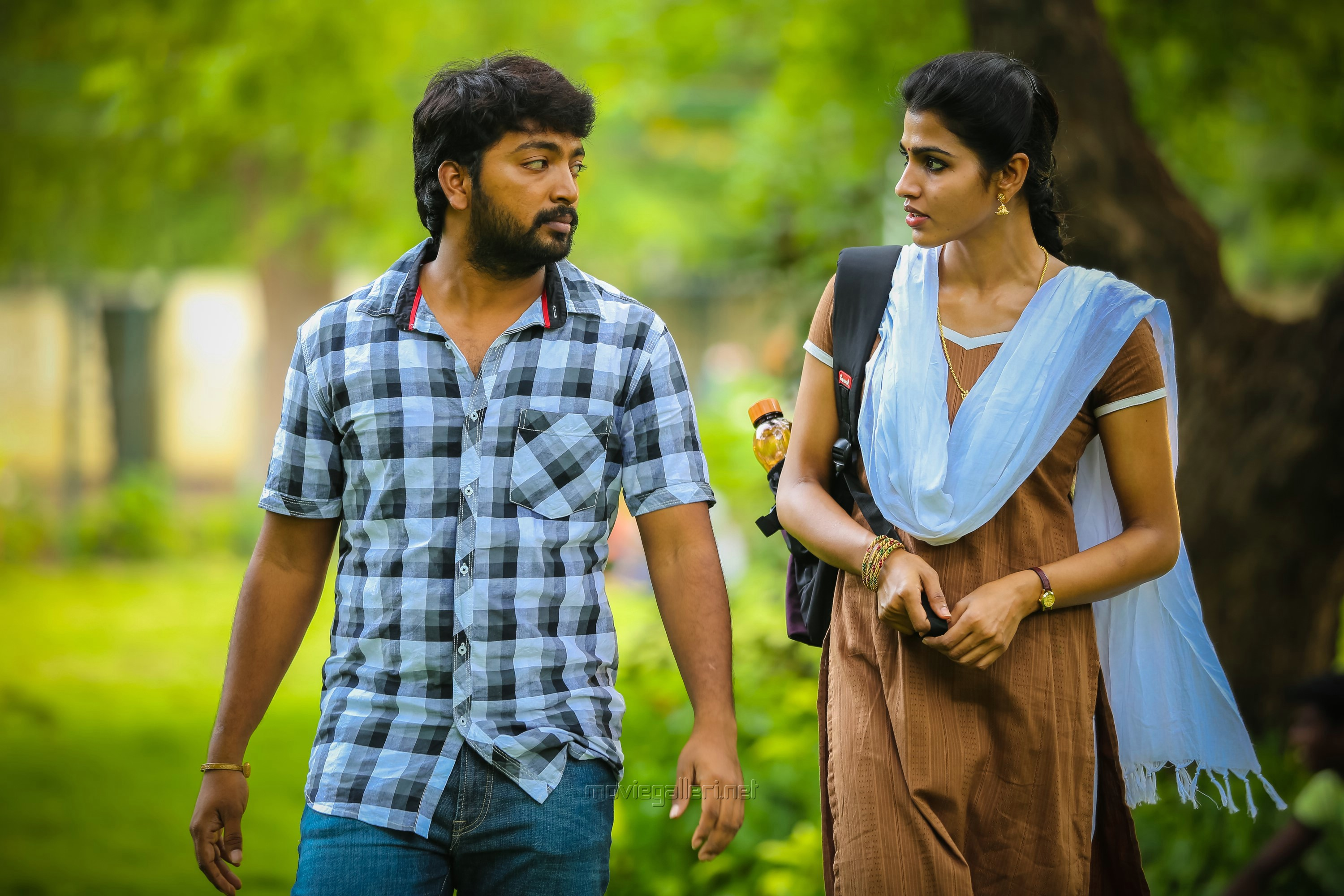 Kalaiyarasan, Sai Dhansika in Kaalakkoothu Movie Review