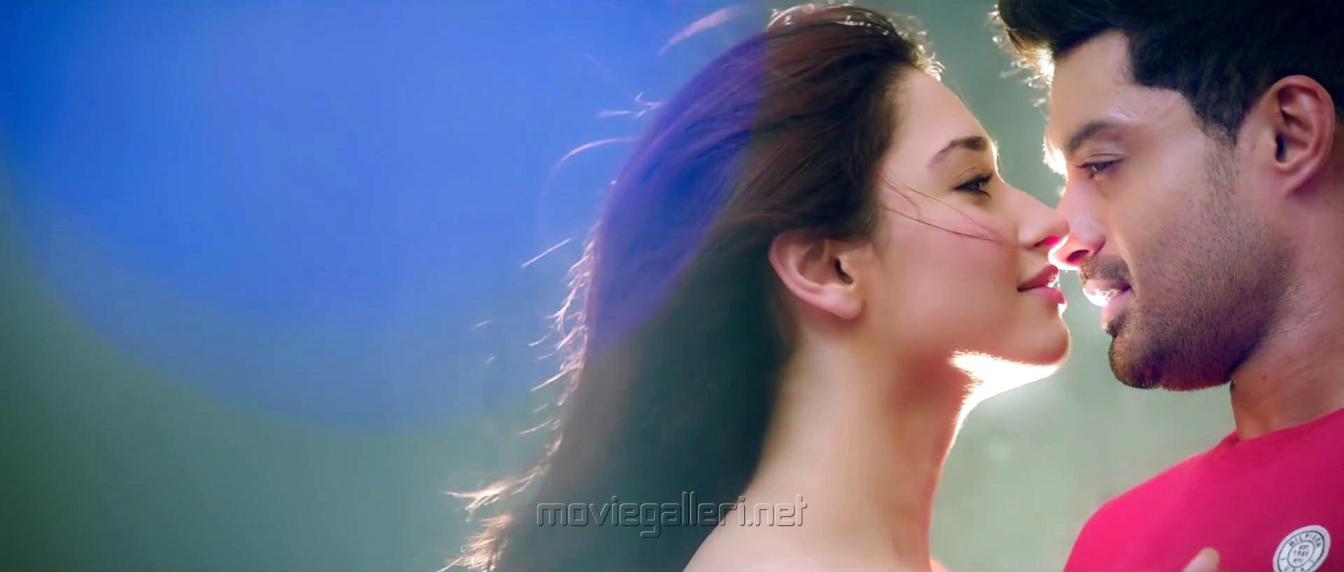 Kalyan Ram Tamanna Naa Nuvve Movie Good Expectations