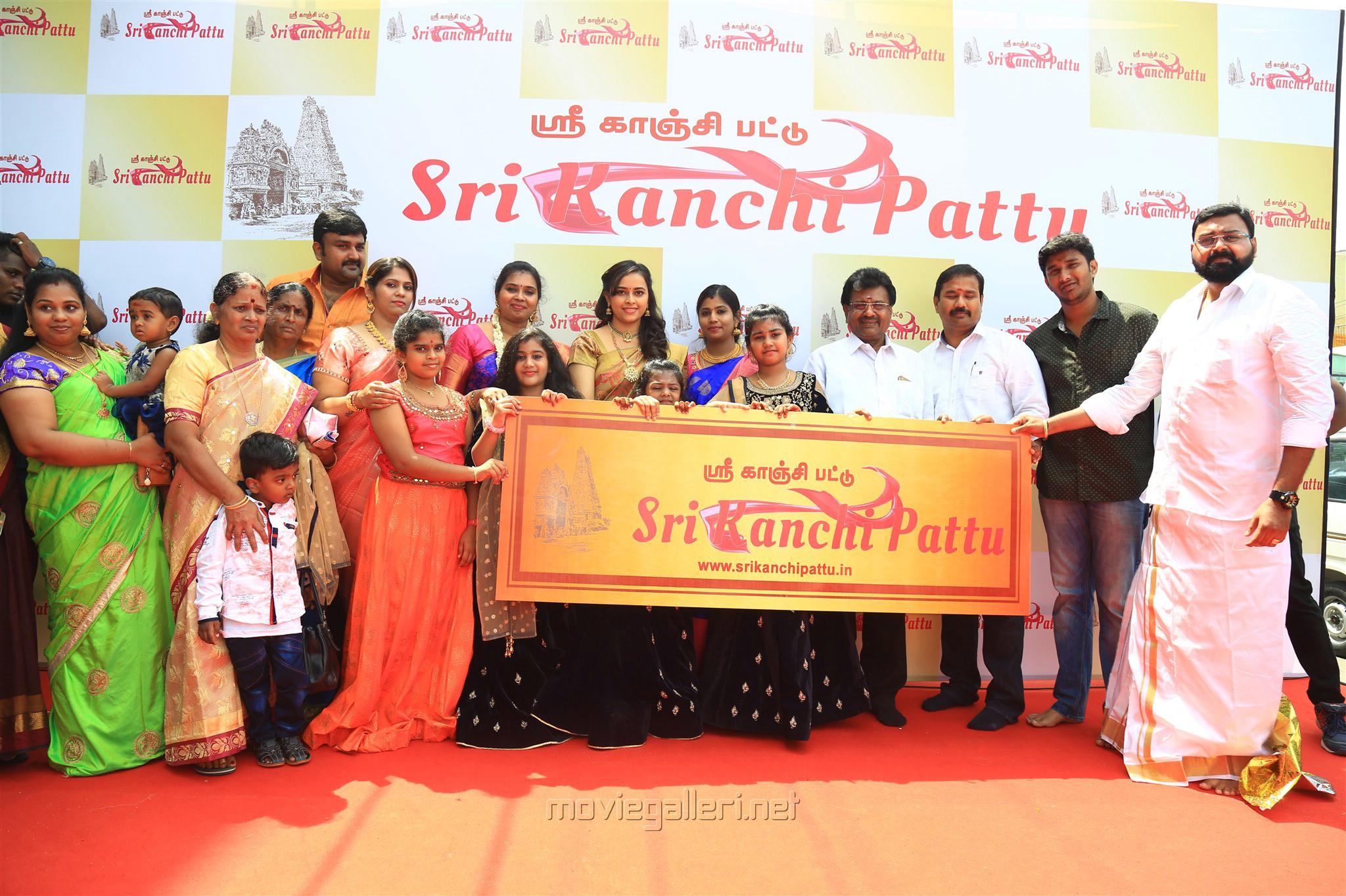 Sri Divya Launches 'Sri Kanchi Pattu' in Kanchipuram