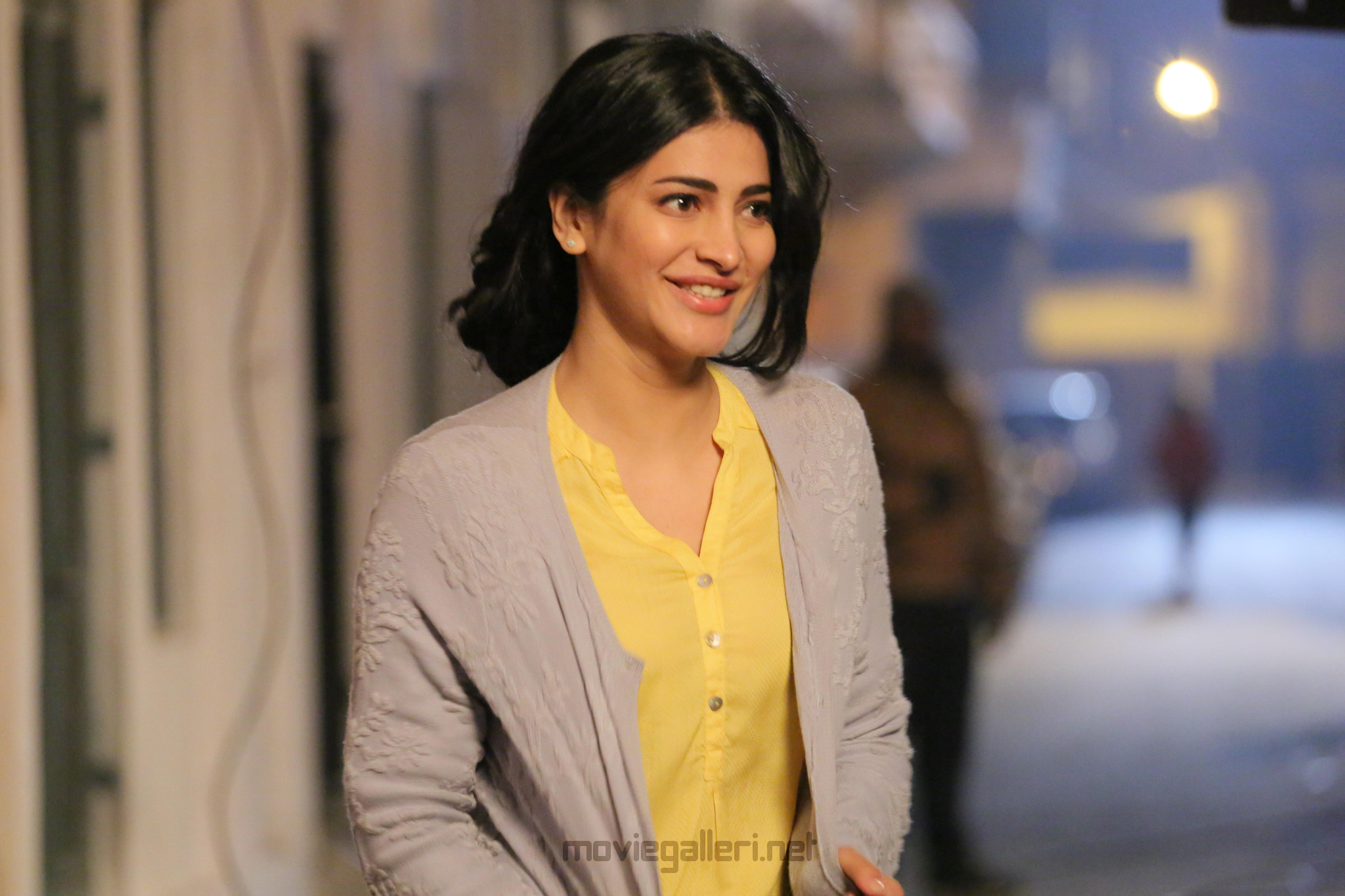 Actress Shruti Haasan resumes shoot for Mahesh Manjrekar's next gangster drama in Goa