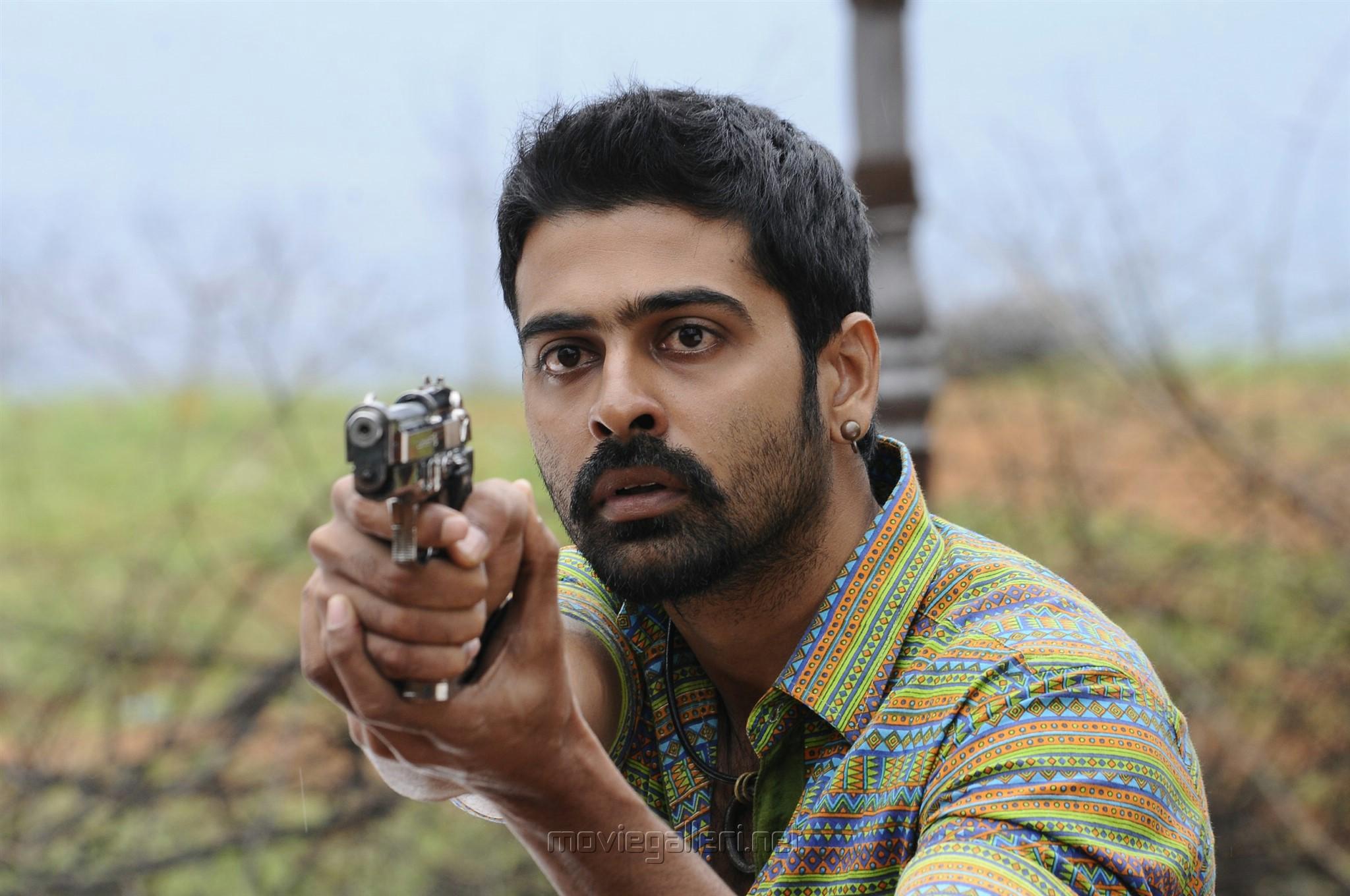 Andhra Mess Movie Hero Raj Bharath Photos HD