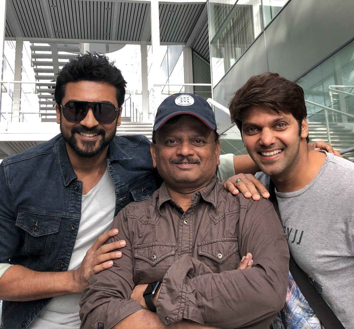 Actor Arya is Suriya's villain in KV Anand Movie