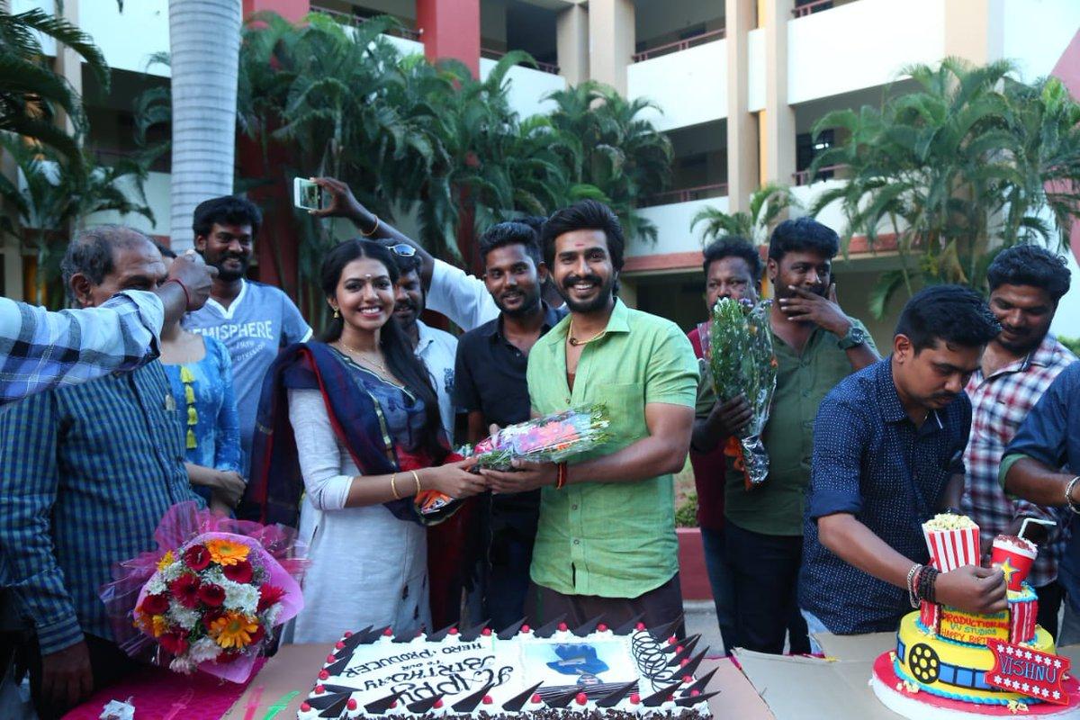 Actor Vishnu Vishal Birthday 2018 Celebration Stills