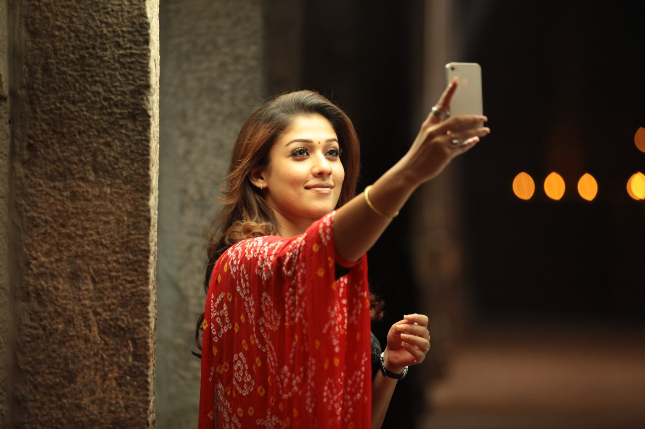 Actress Nayanthara doctor role in Viswasam revealed