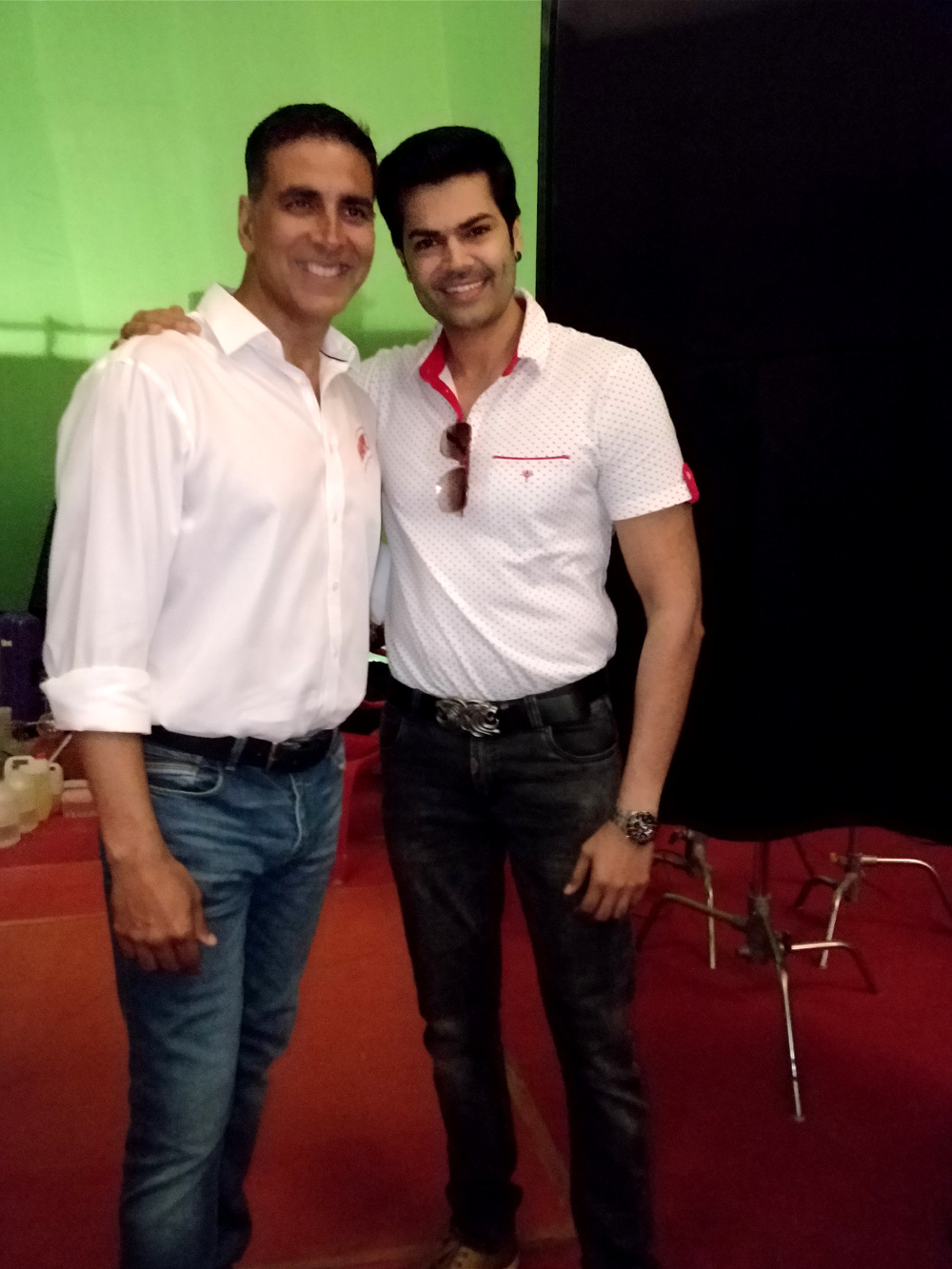 Akshay Kumar and Ganesh Venkatram Join hands for HarGharSwachh Mission by Harpic