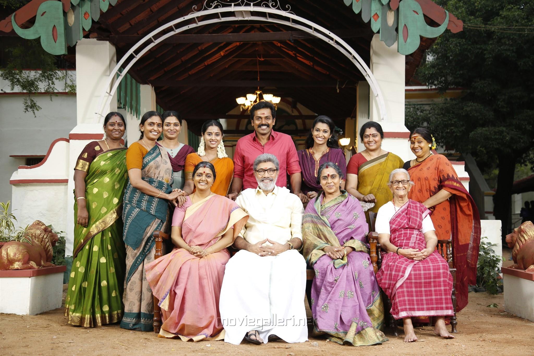 Sathyaraj, Bhanupriya, Viji, Karthi, Priya Bhavani Shankar, Arthana Binu in Kadaikutty Singam Movie Review