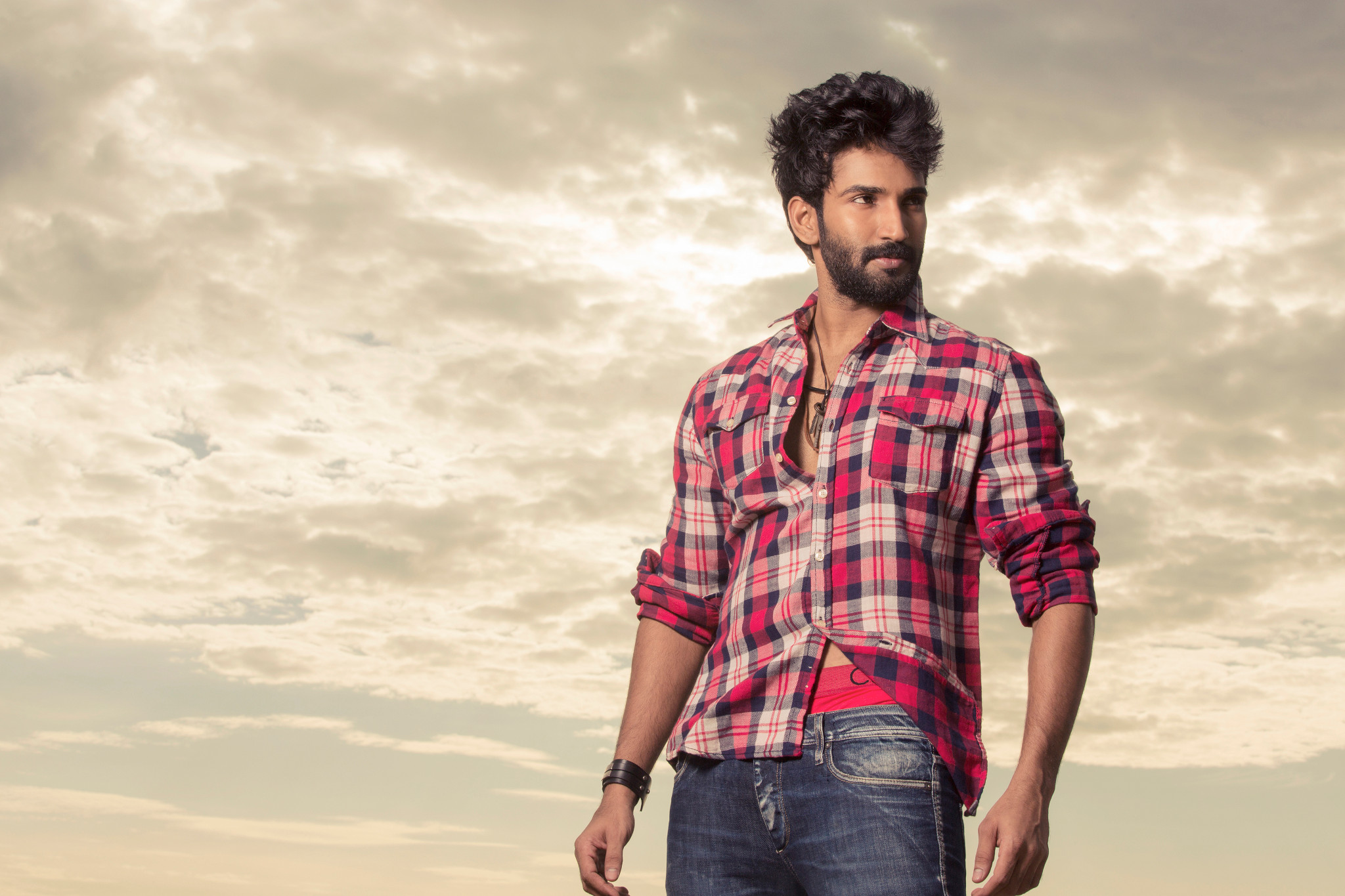Actor Aadhi in RX 100 Tamil Remake