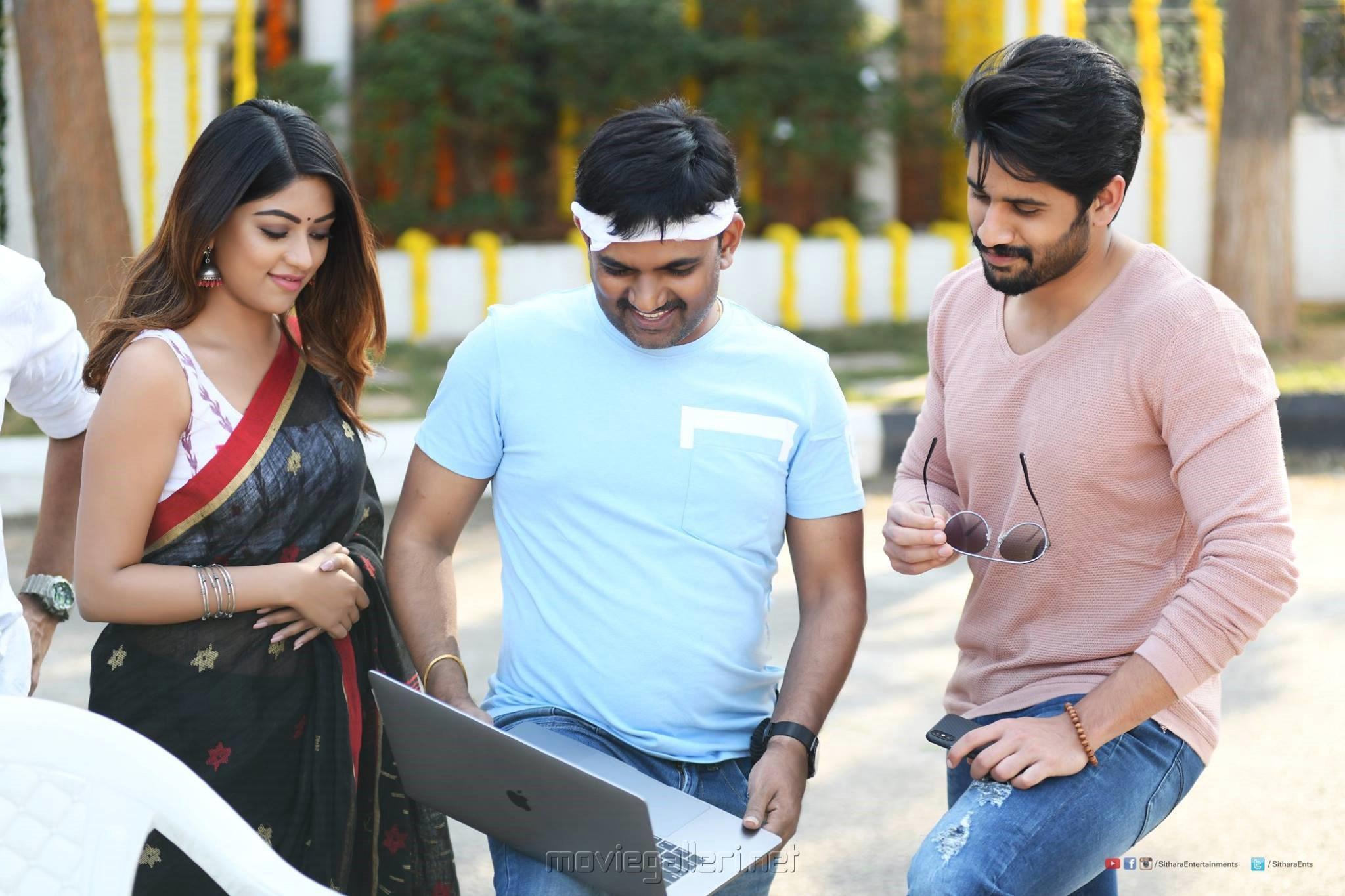 Anu Emmanuel, Maruthi, Naga Chaitanya @ Sailaja Reddy Alludu Movie Shooting Spot Stills HD