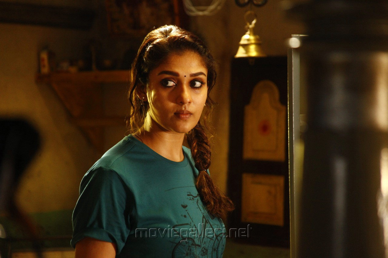 Actress Nayanthara Kolamavu Kokila Movie Review