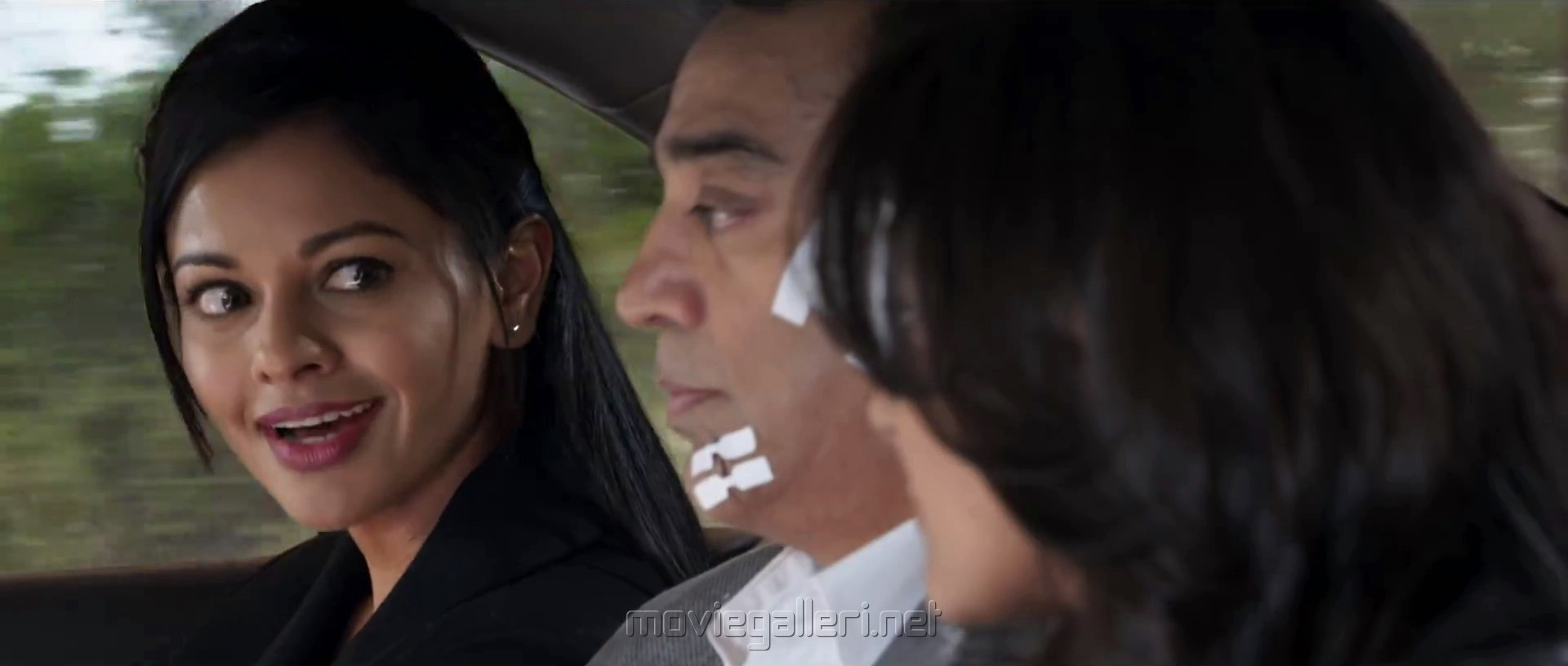 Pooja Kumar Kamal Andrea in Vishwaroopam 2 Movie Review