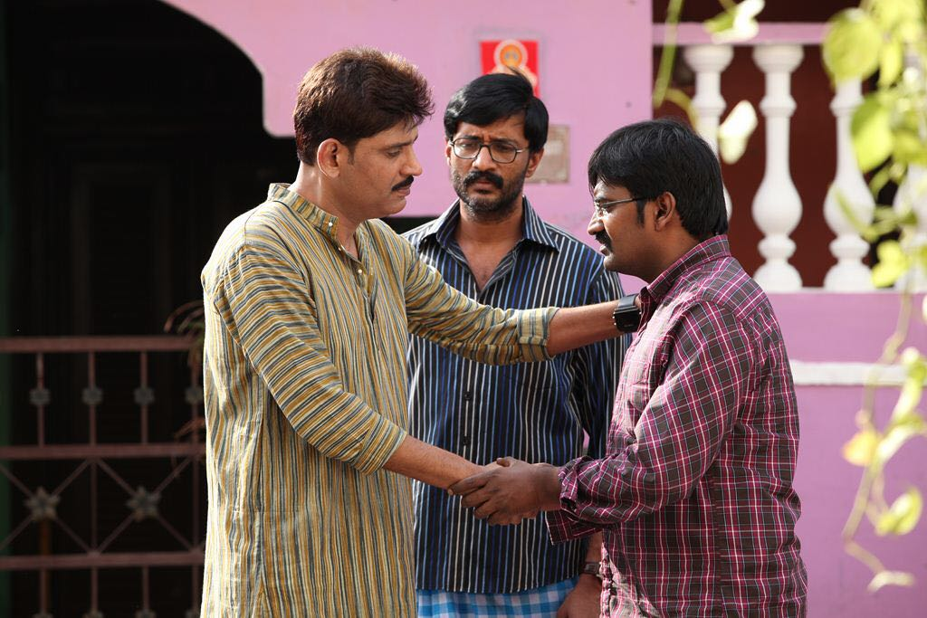 Pradeep Jose, Kishore, Karunakaran in Kadikara Manithargal Movie Pics