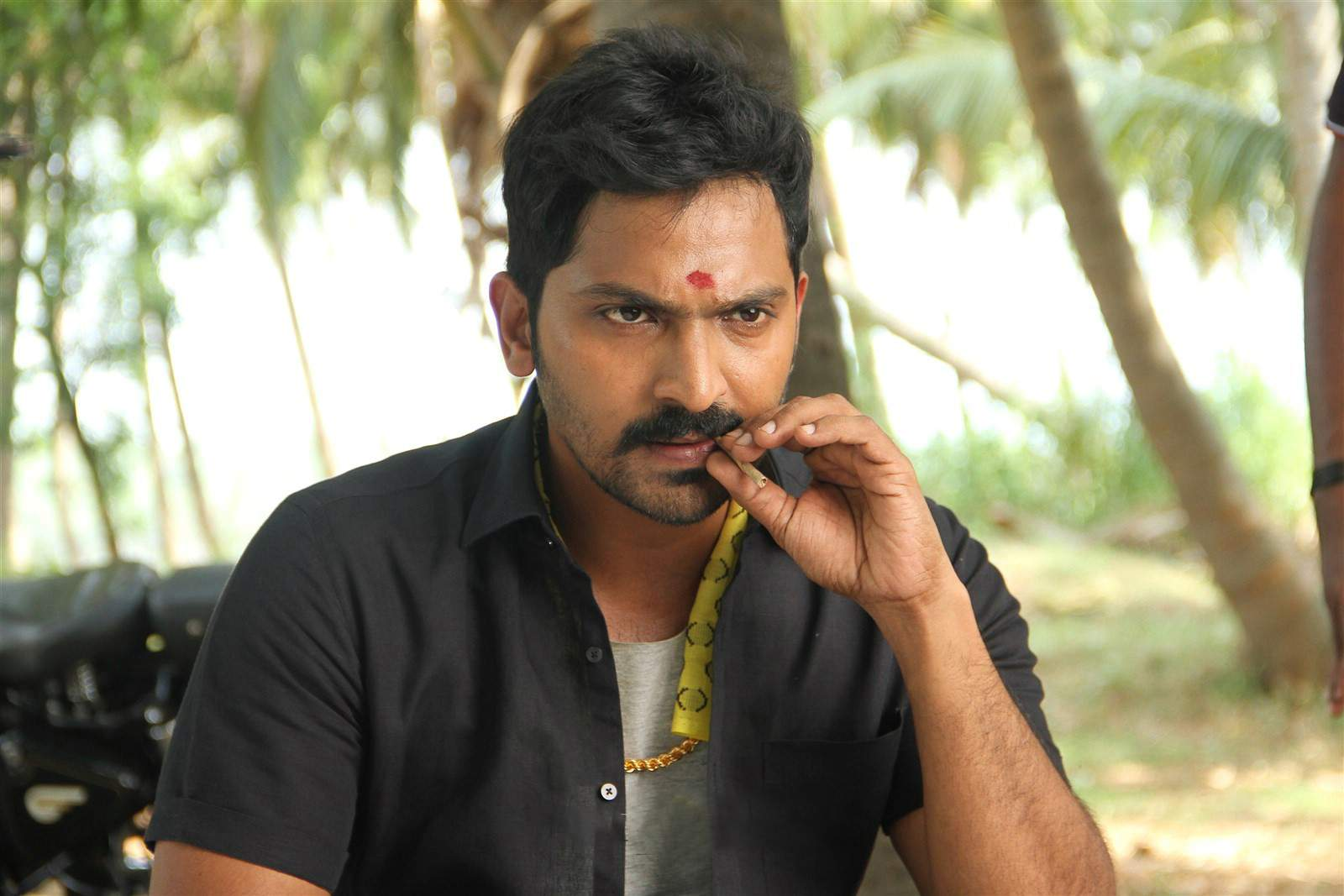 Vaibhav teams up with debut filmmaker Chachi for a Rom-Com