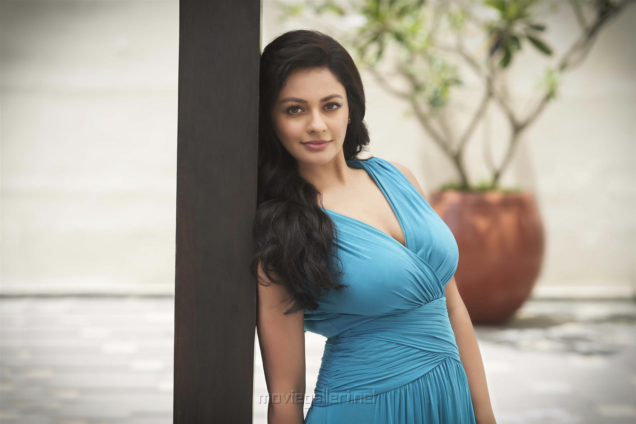 Actress Pooja Kumar plays the lead in Priyadarshan's film 'The Invisible Mask'