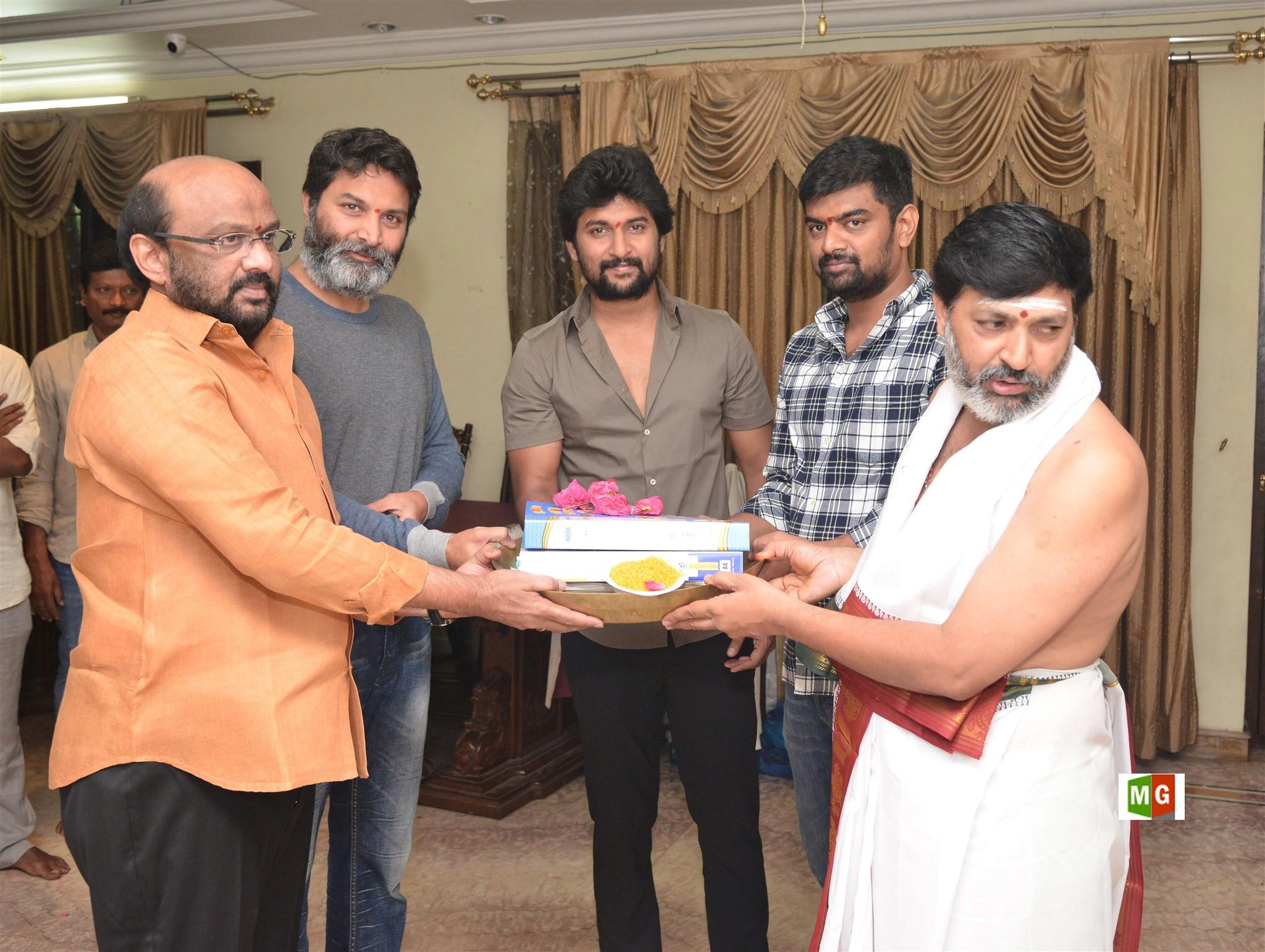 S Radha Krishna, Trivikram Srinivas, Nani, Gowtam Tinnanuri @ Jersey Movie Pooja Stills