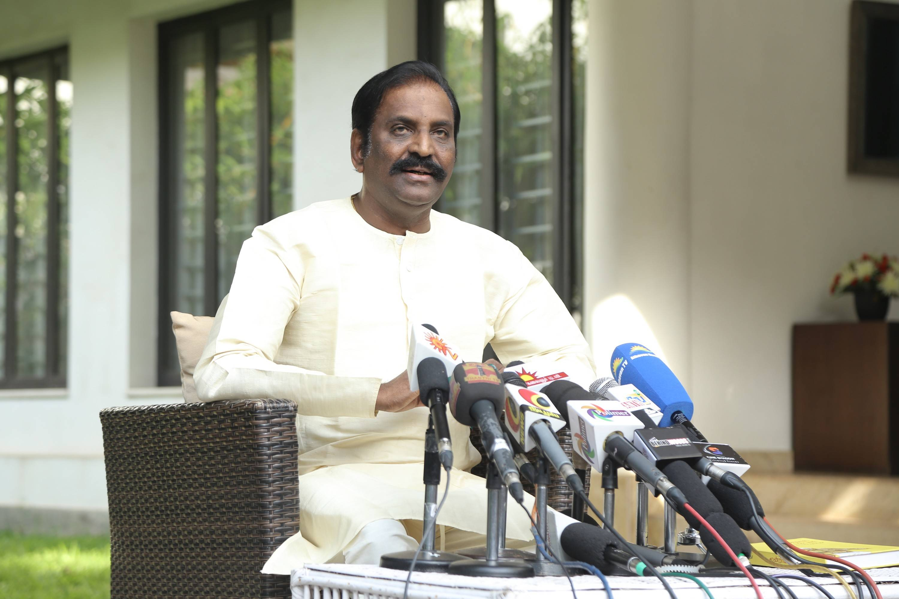 Vairamuthu rejects sexual charges, Chinmayi calls him liar