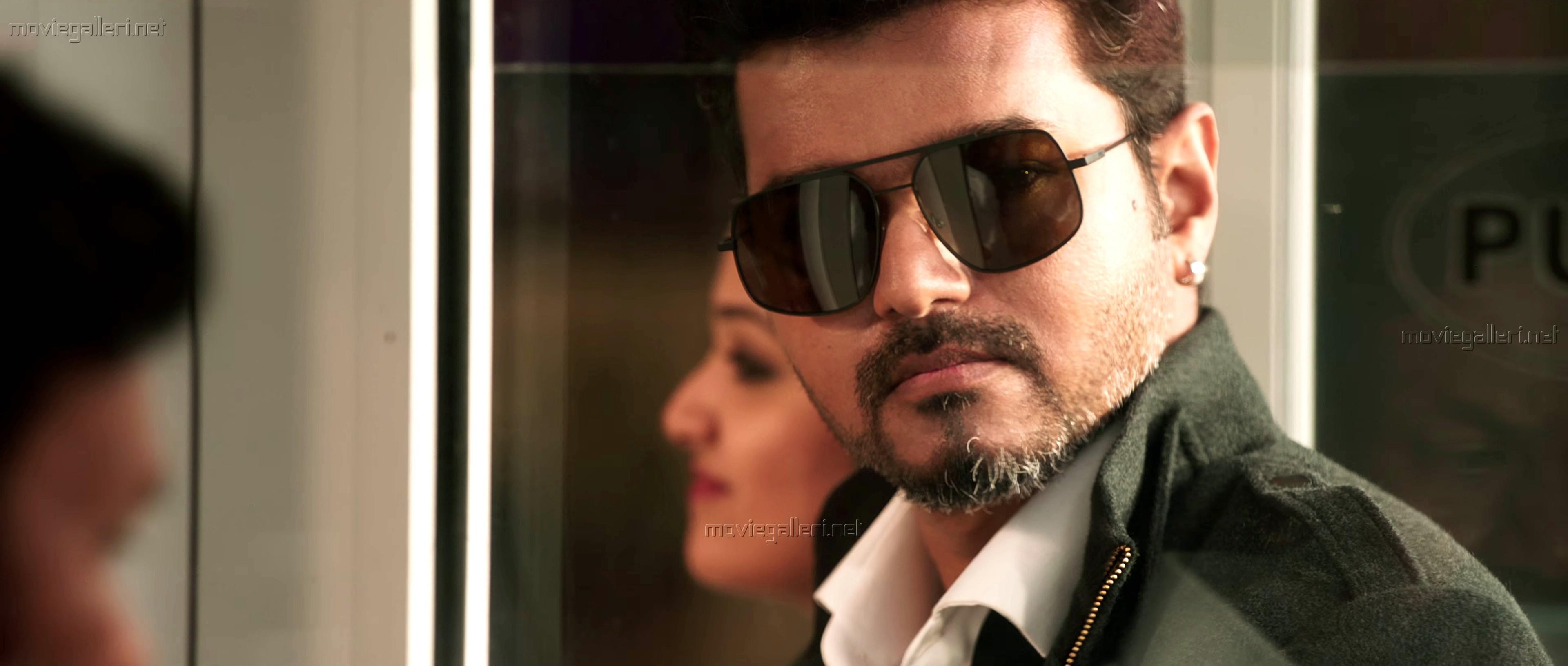 Actor Vijay as Sundar Ramasamy CEO of GL in Sarkar Movie Photos HD