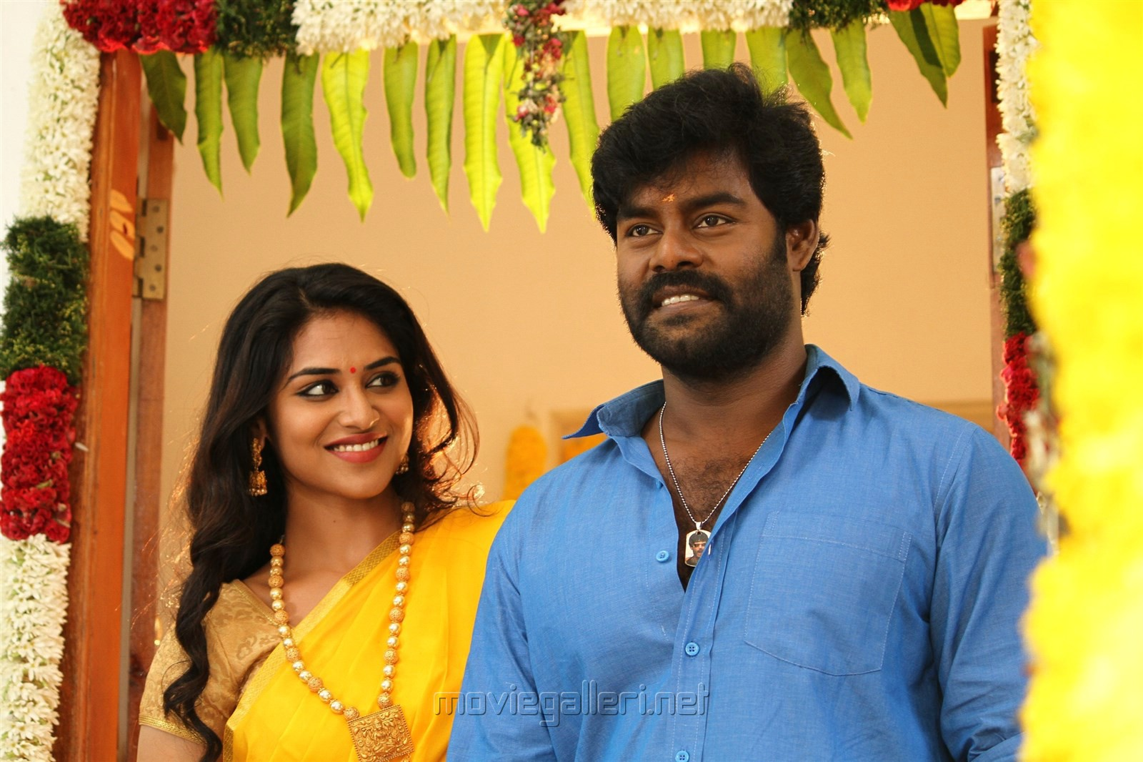 Billa Pandi Movie Review RK Suresh Indhuja