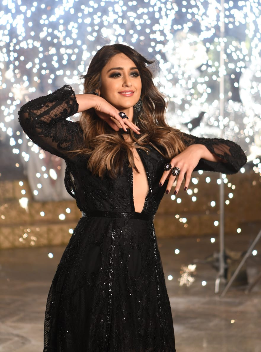 Ileana dubs in Telugu for 'Amar Akbar Anthony' Movie