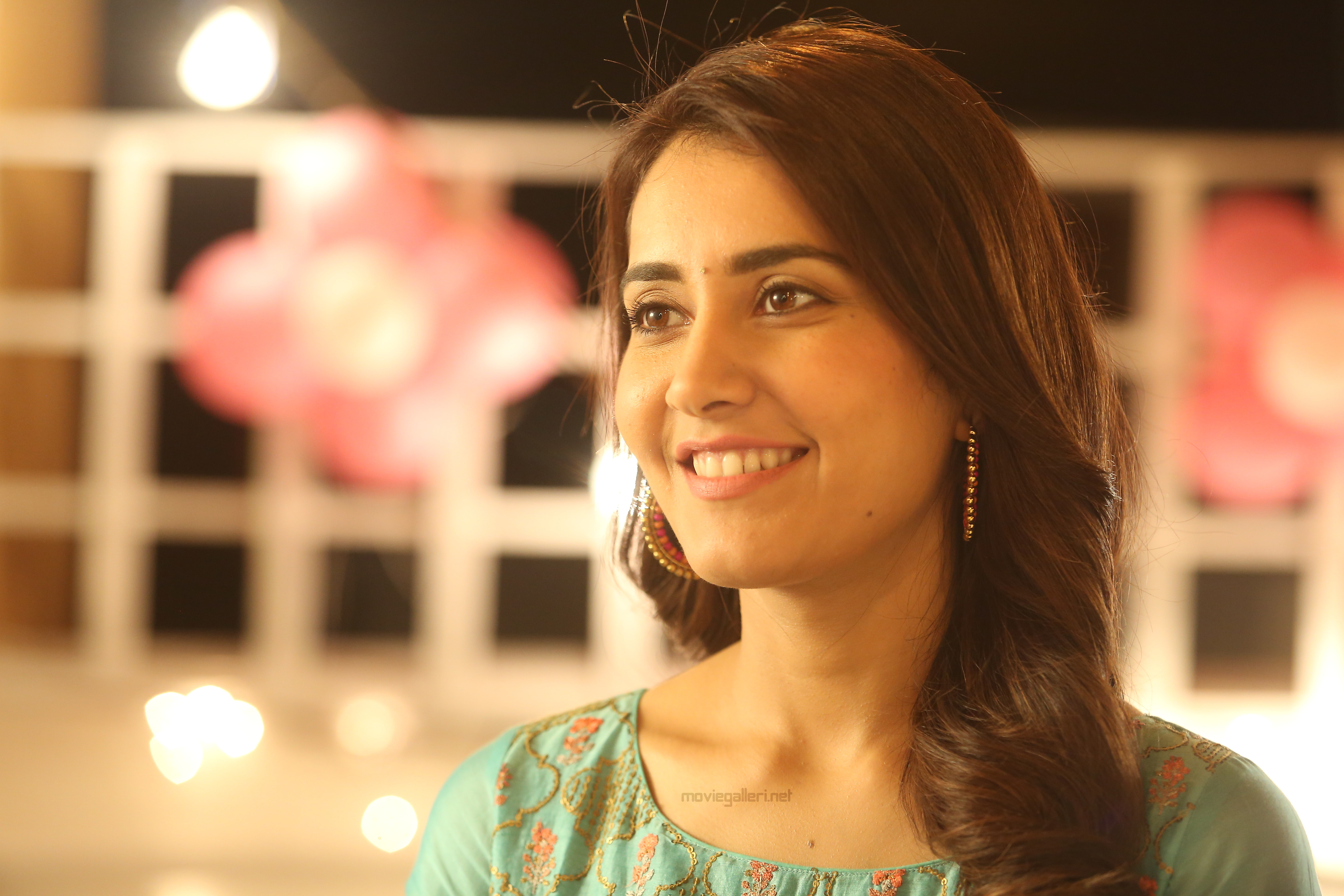 Actress RAASHI KHANNA ROLE IN ADANGA MARU ISN'T CONFINED TO BLINK AND MISS BUT A VALUABLE ONE