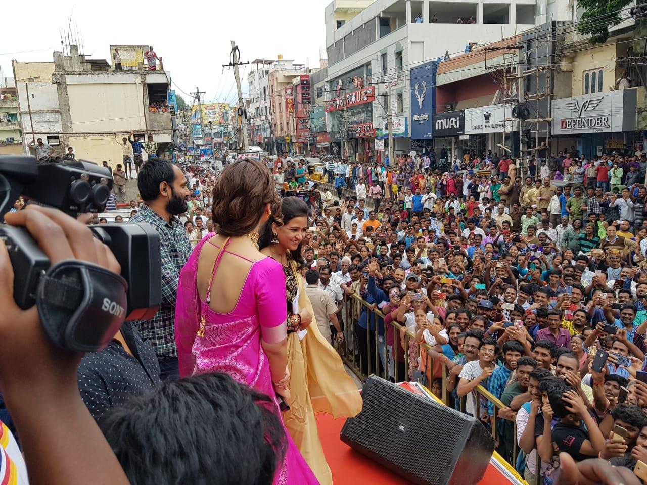 Actress Raashi Khanna @ CMR Store Launch Tirupati Photos