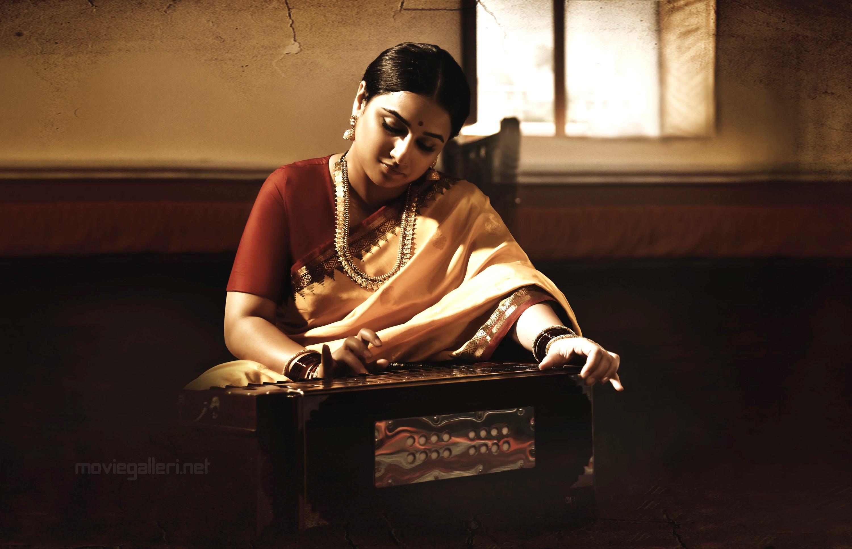 Actress Vidya Balan HD Photos in NTR Biopic Movie