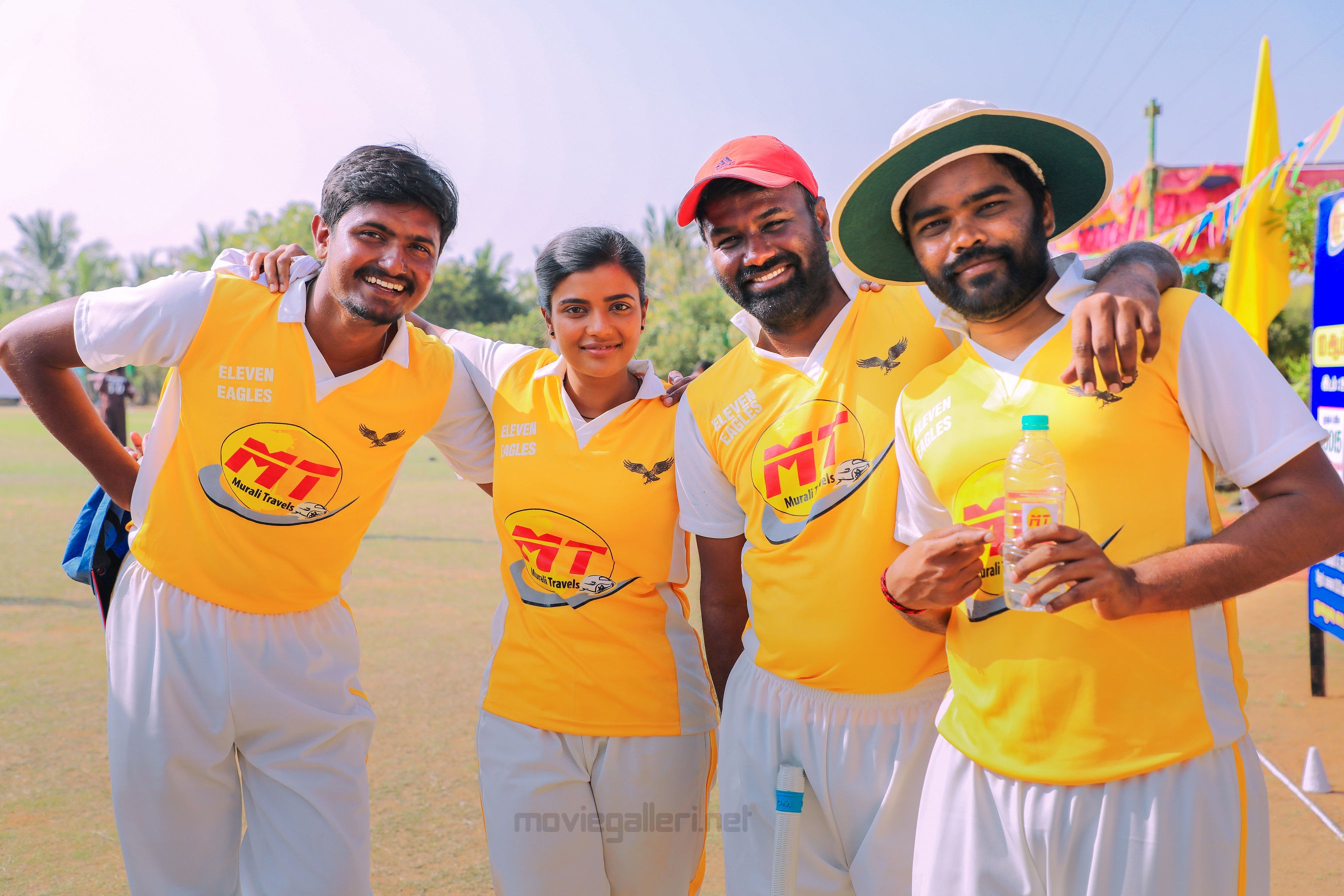 Aishwarya Rajesh & Sathya NJ in Kanaa Movie Shooting Spot