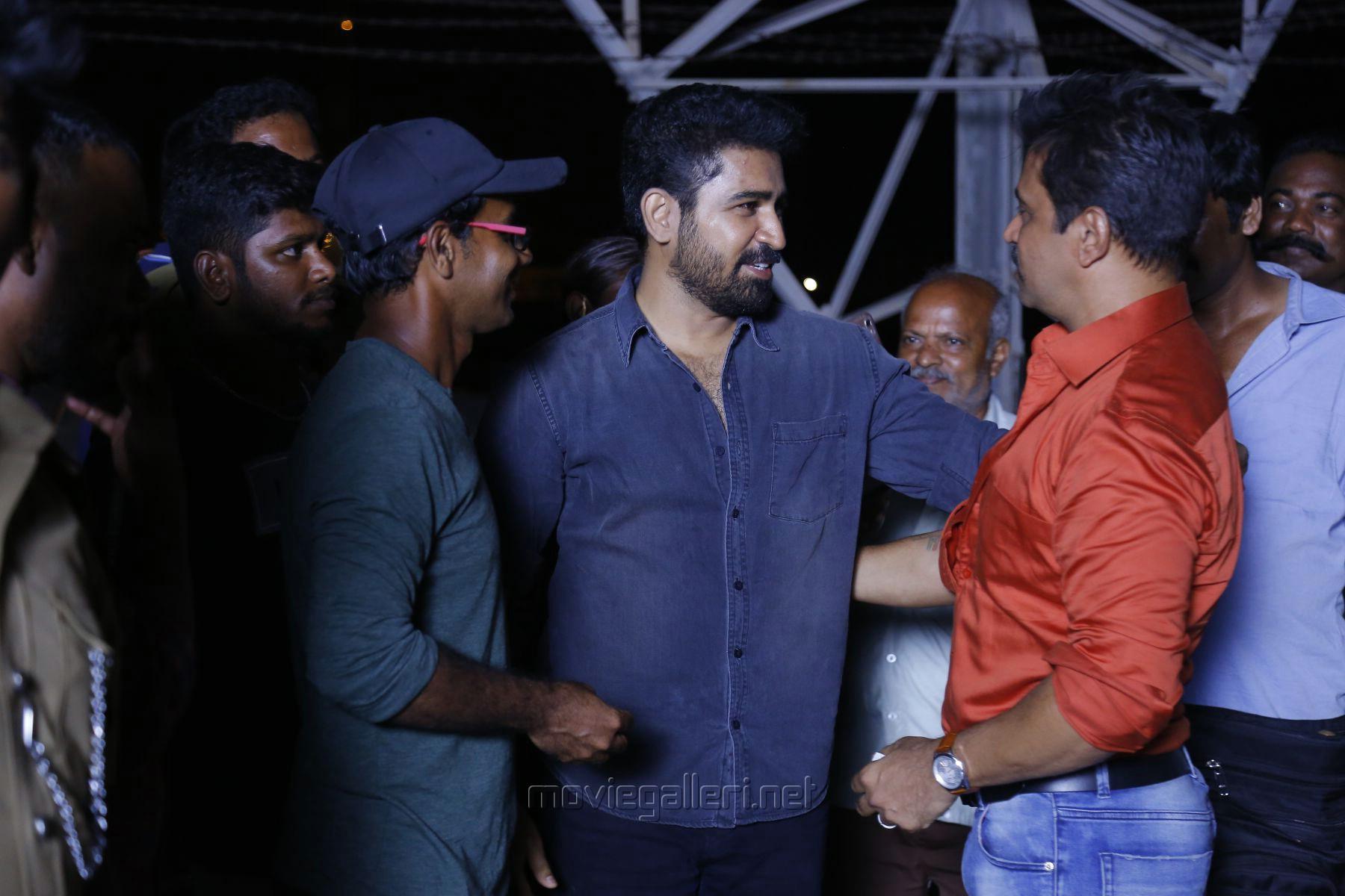 Andrew Louis, Arjun & Vijay Antony @ Kolaigaran Movie Working Stills