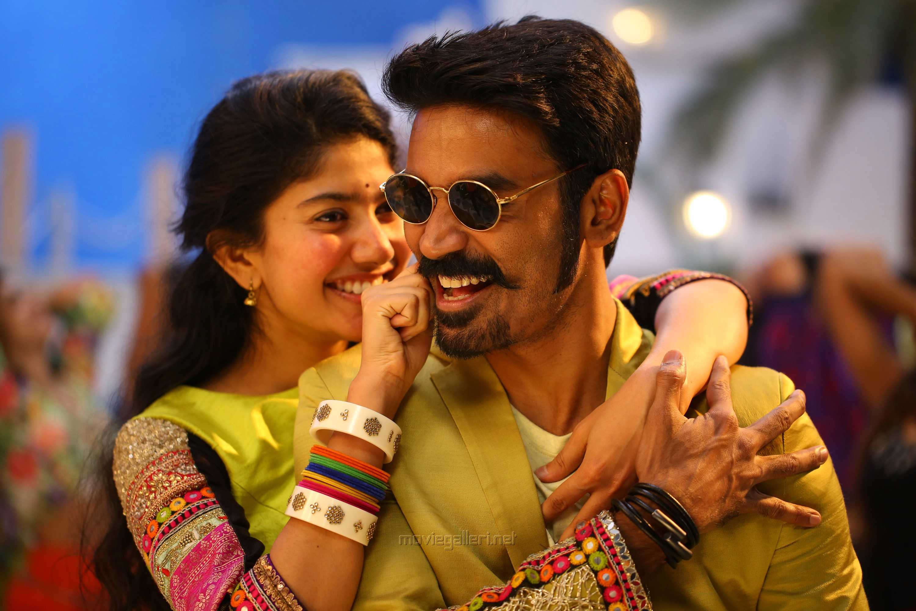 Sai Pallavi, Dhanush in Maari 2 Movie Review