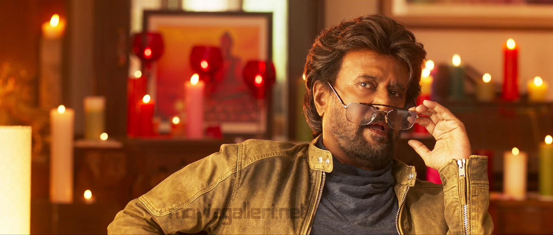 petta rajini hd new imags