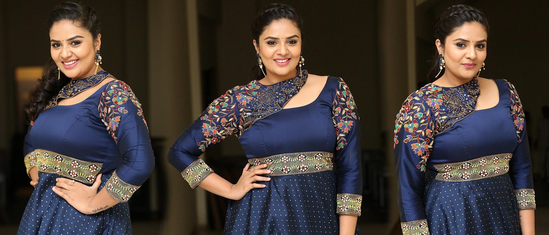 Actress Sreemukhi New Pictures @ Diksoochi Audio Launch