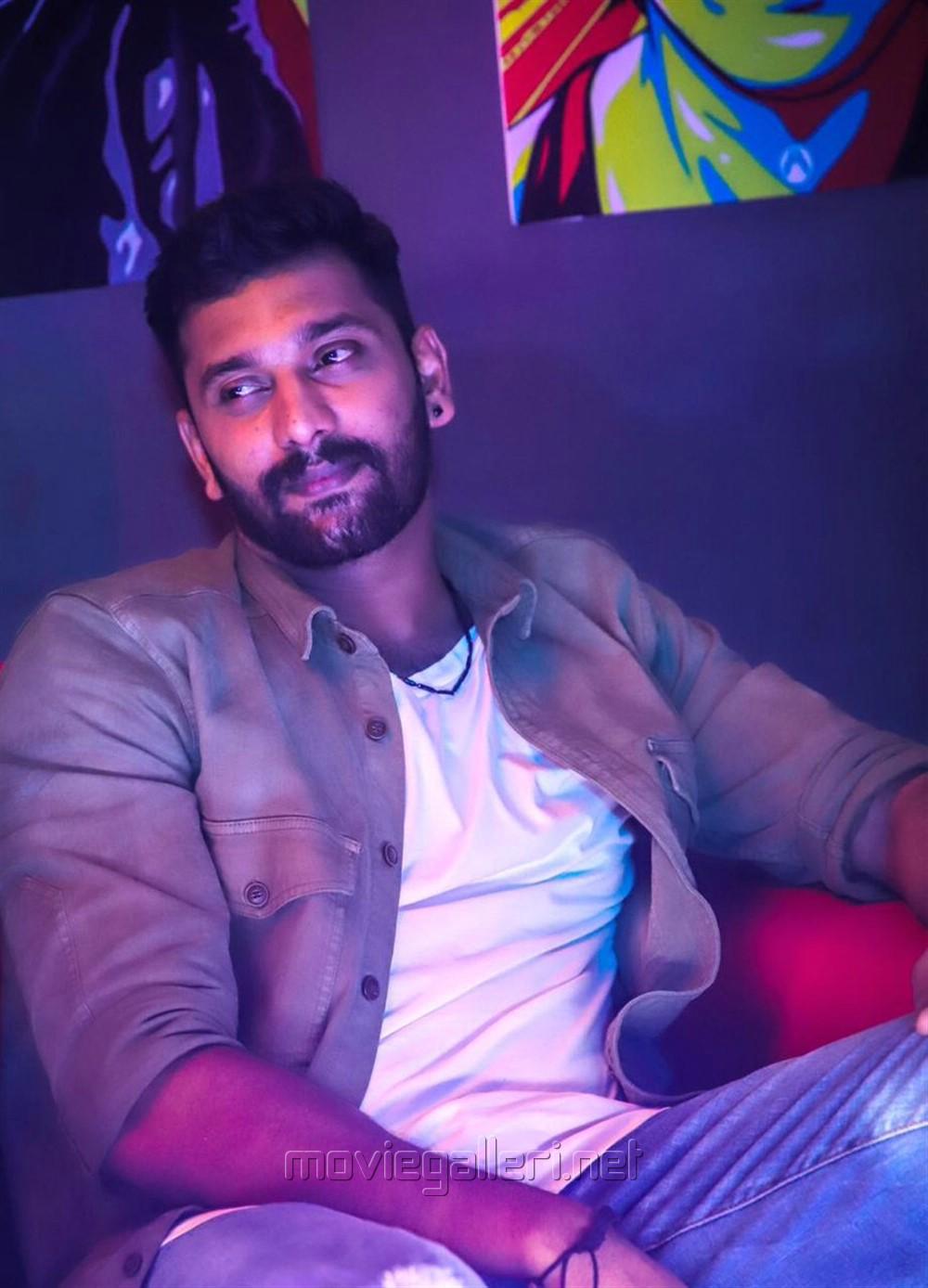 K13 Movie Actor Arulnithi Photos