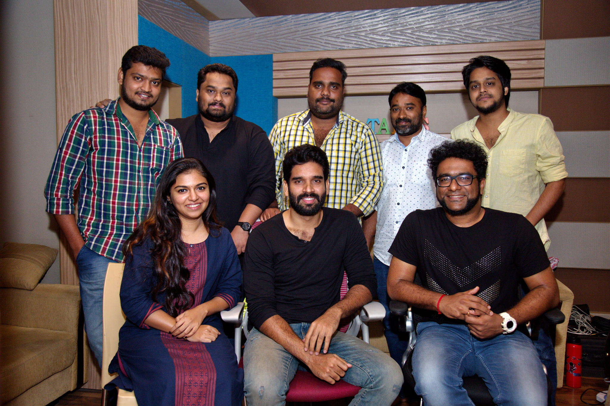 Singer Haricharan to trill a song for Kaval Thurai Ungal Nanban