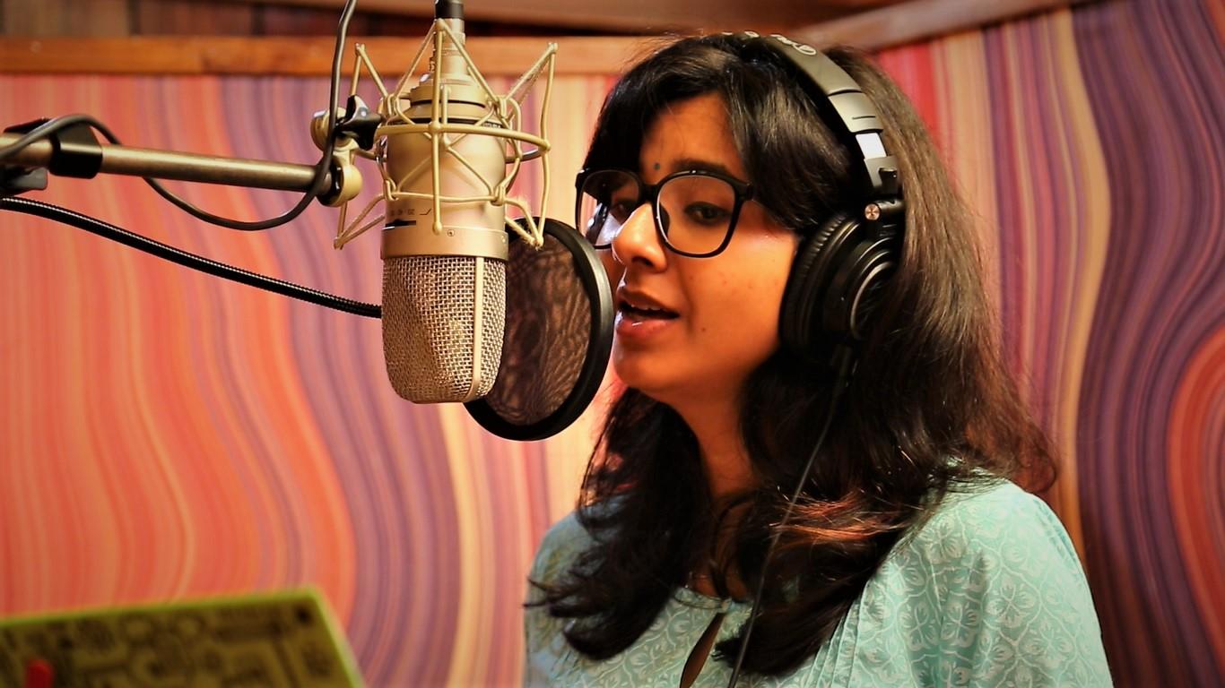 Singer Shakthisree Gopalan Enaku Nee Song from Kaval Thurai Ungal Nanban Movie