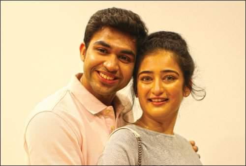 Abhi Akshara Haasan Kadaram Kondan Movie New Pics