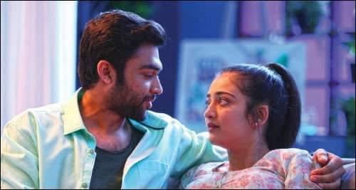 Abi Mehdhi Hassan, Akshara Haasan in Kadaram Kondan Movie New Pics