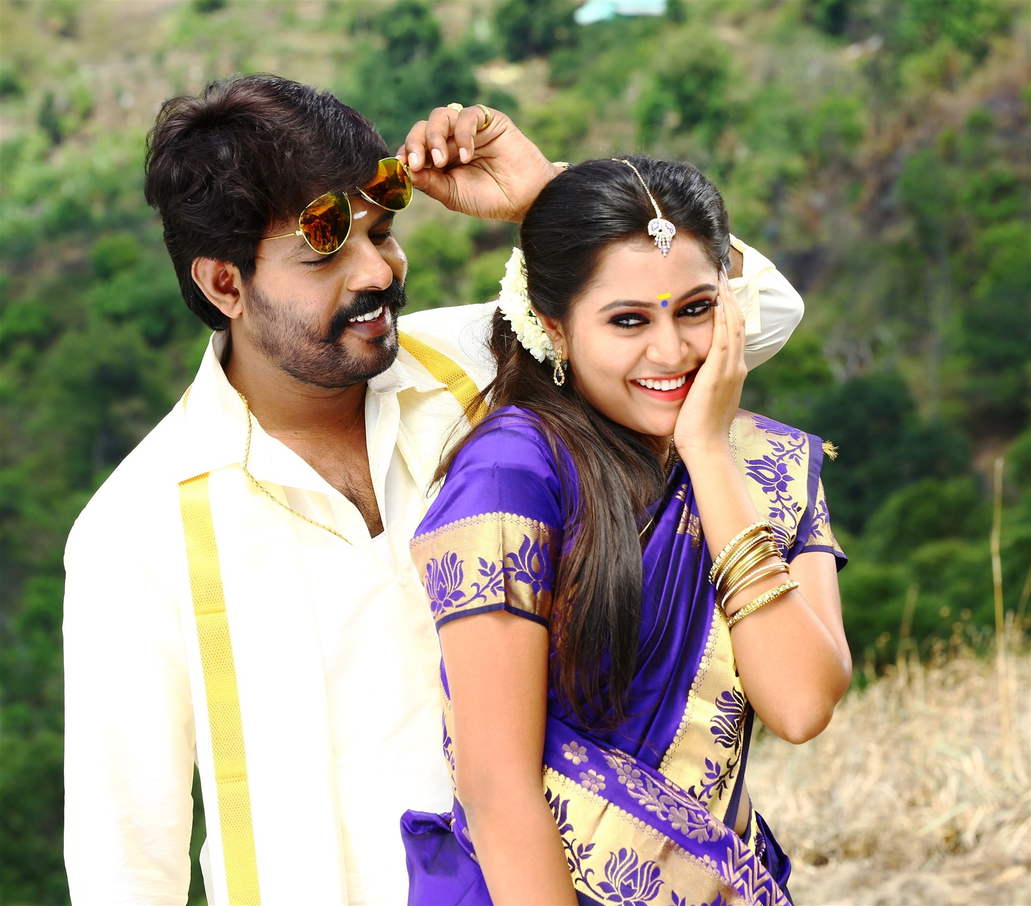 Avathara Vettai Movie VR Vinayak Meera Nair Stills HD