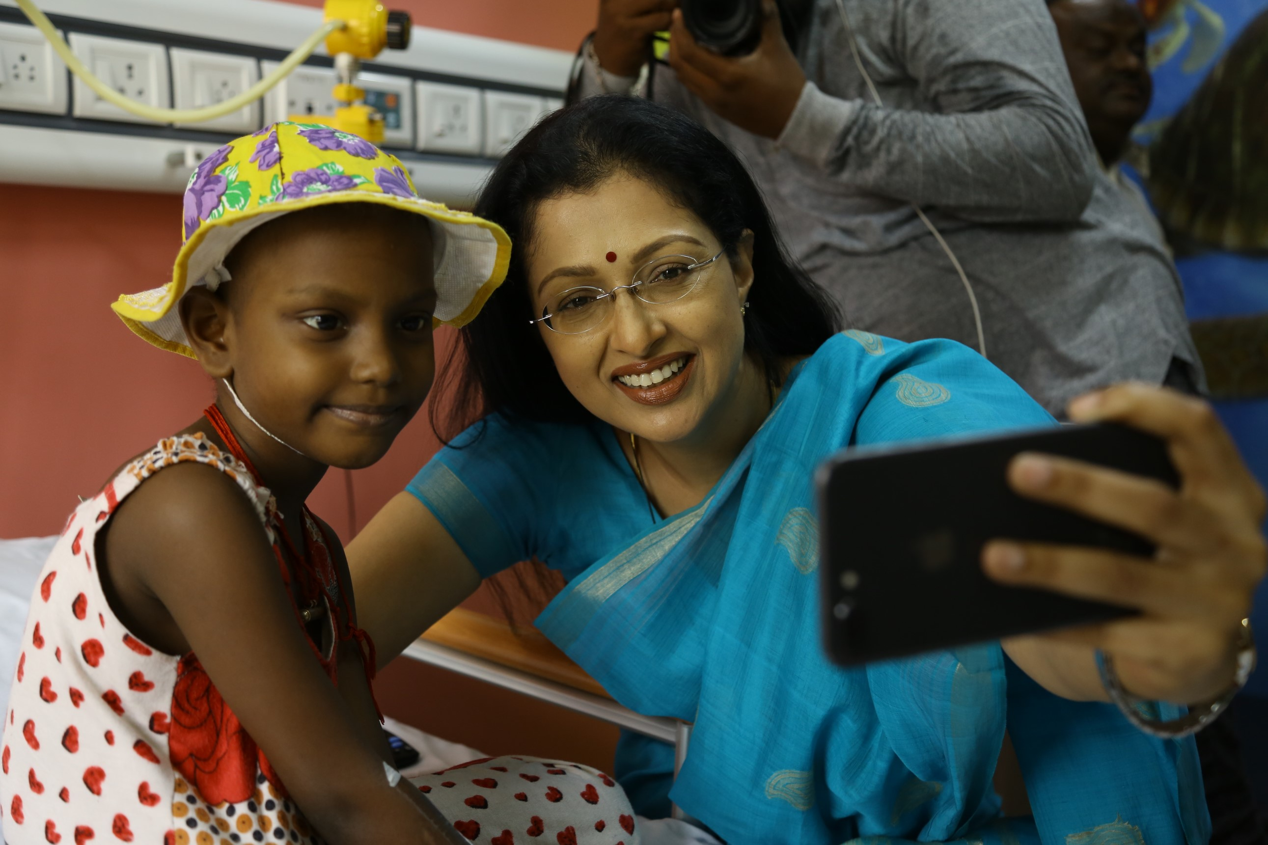 Gautami visited VS cancer hospital in Chennai