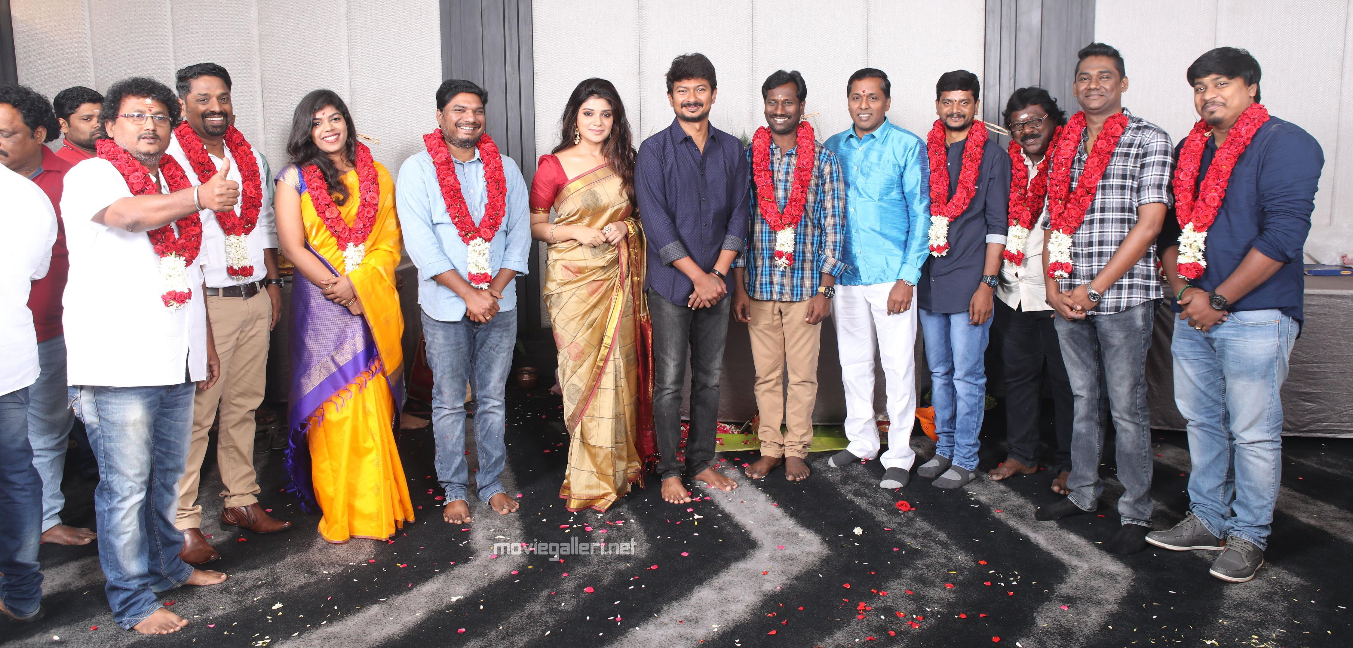 Udhayanidhi Stalin & Aathmika in Kannai Nambathey Movie Launch
