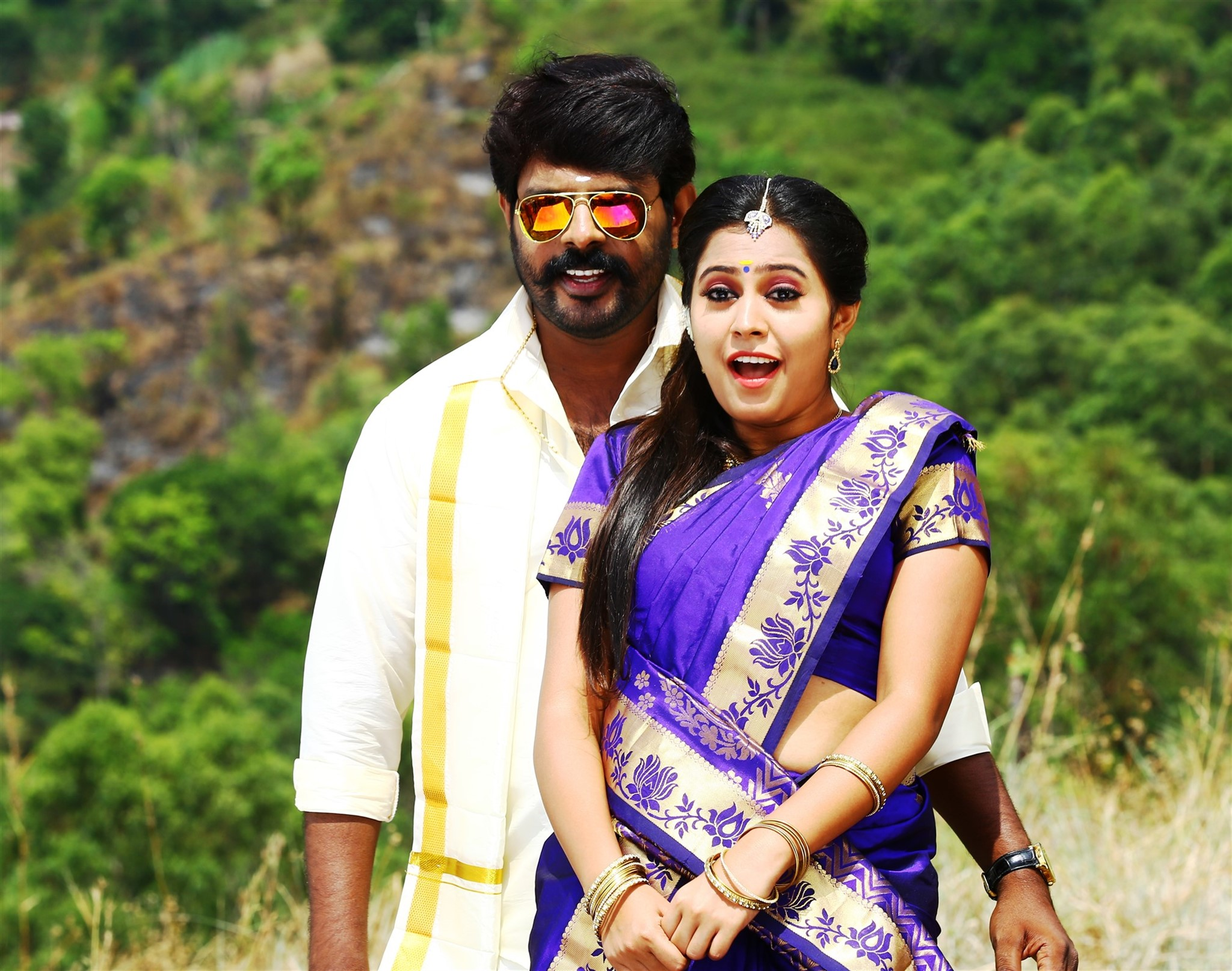 VR Vinayak Meera Nair Avathara Vettai Movie HD Stills